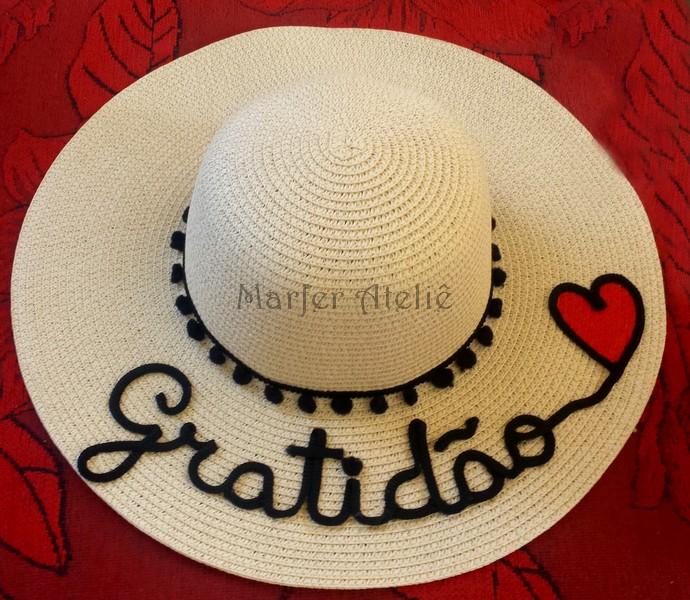 093fbed34e354 Chapéu de praia ABA GRANDE personalizado com nome bordado no Elo7 ...