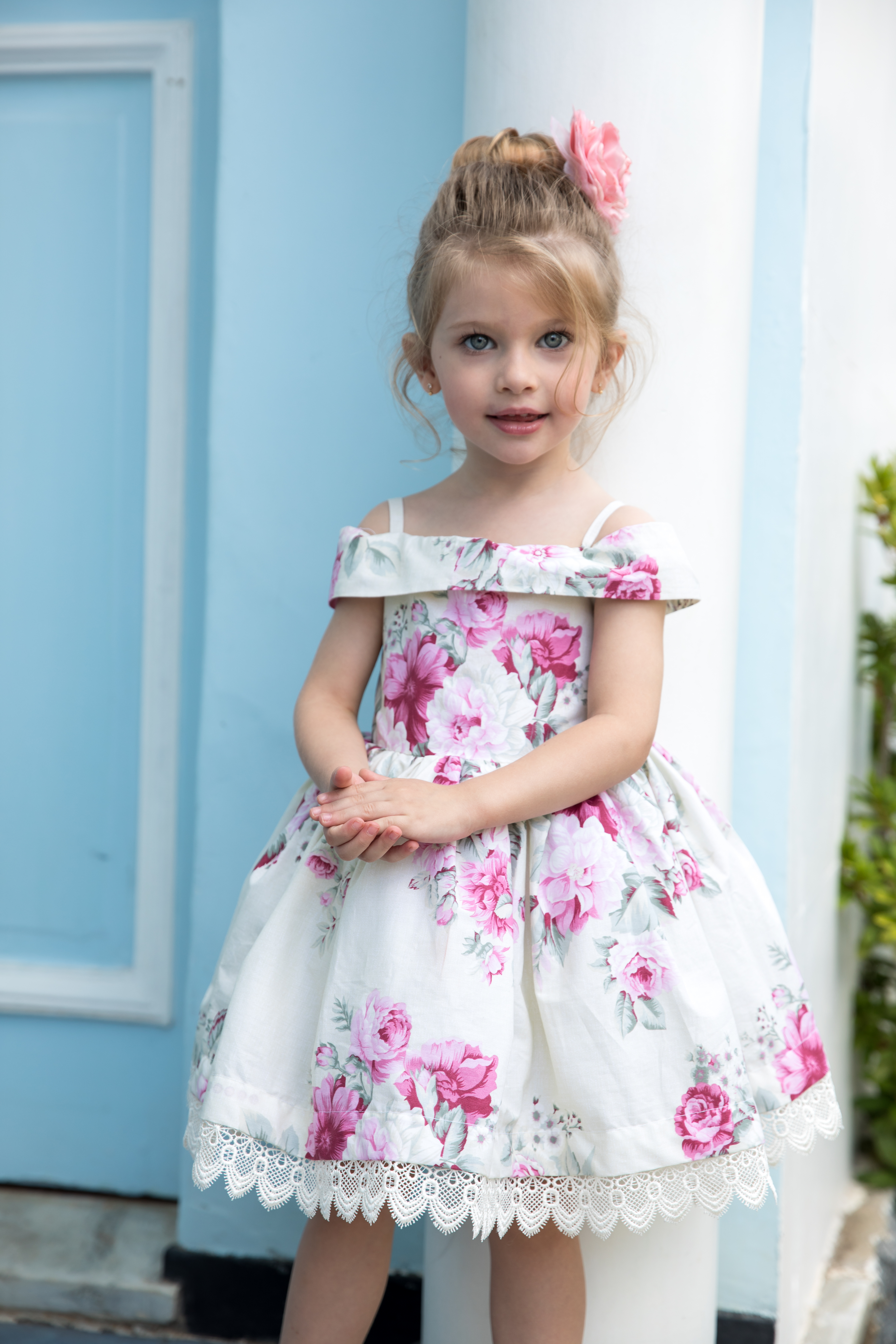 713cb0a6a Vestido Infantil Ombro a Ombro - Fundo Bege com flores pink no Elo7 | Nina  Baunilha (753569)