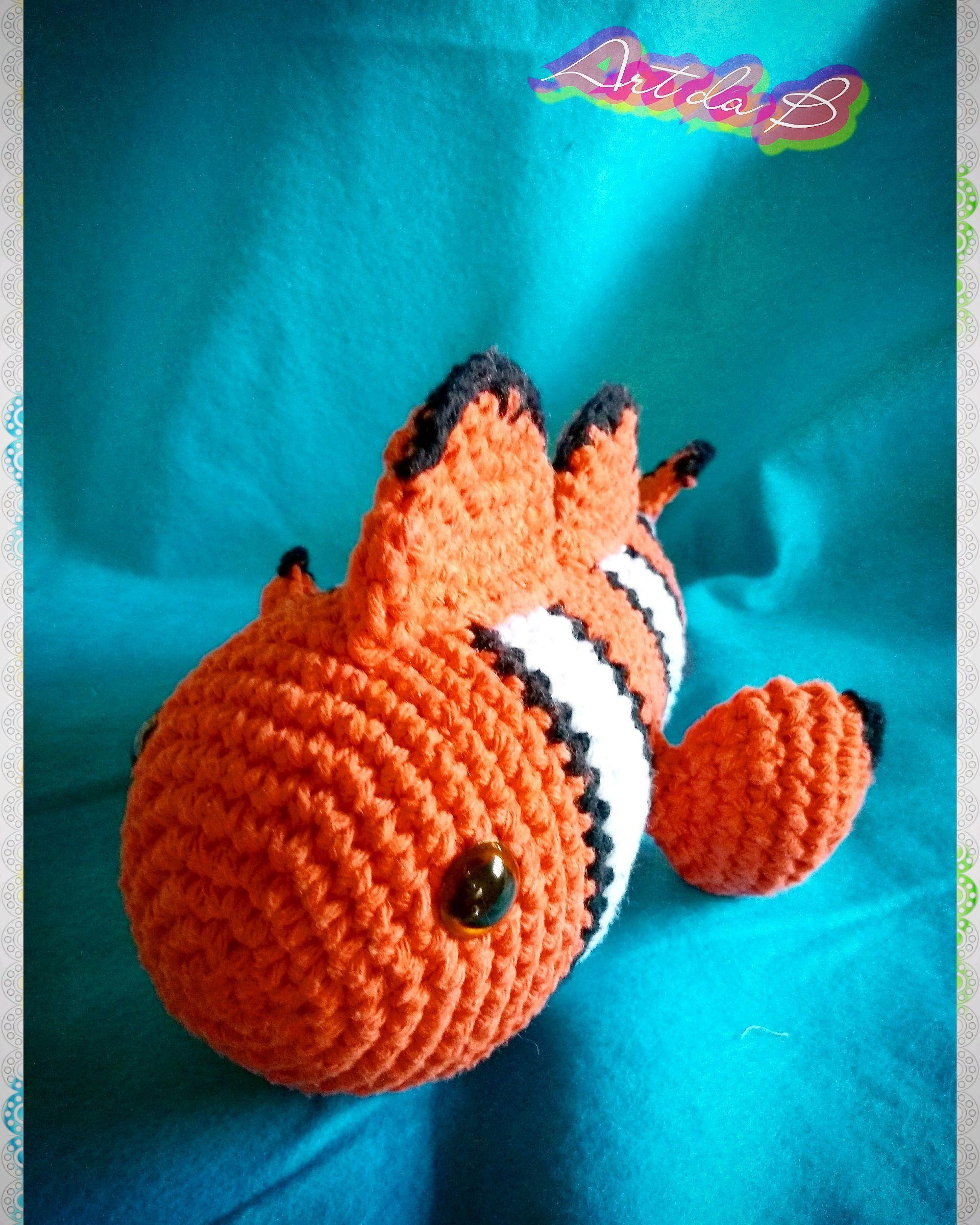 Nemo o pez payaso amigurumi tejido a crochet (Nemo clown fish ... | 2399x1920