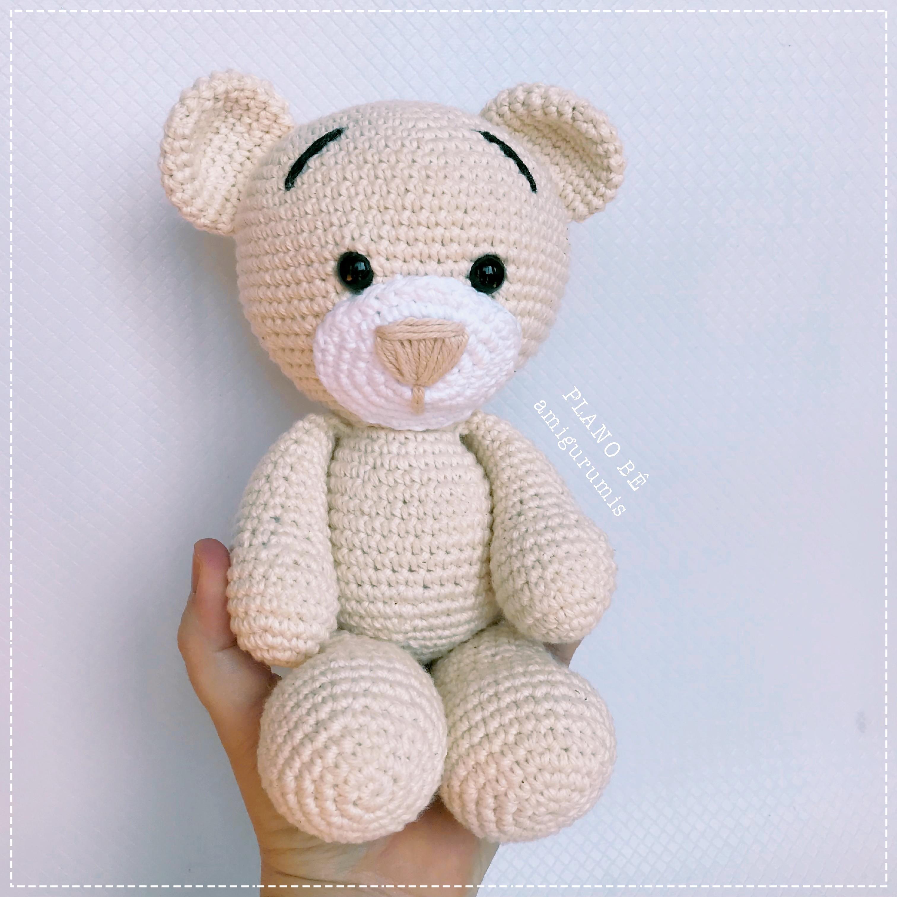 Urso Receita de Amigurumi por Little Bear Crochets | 3024x3024
