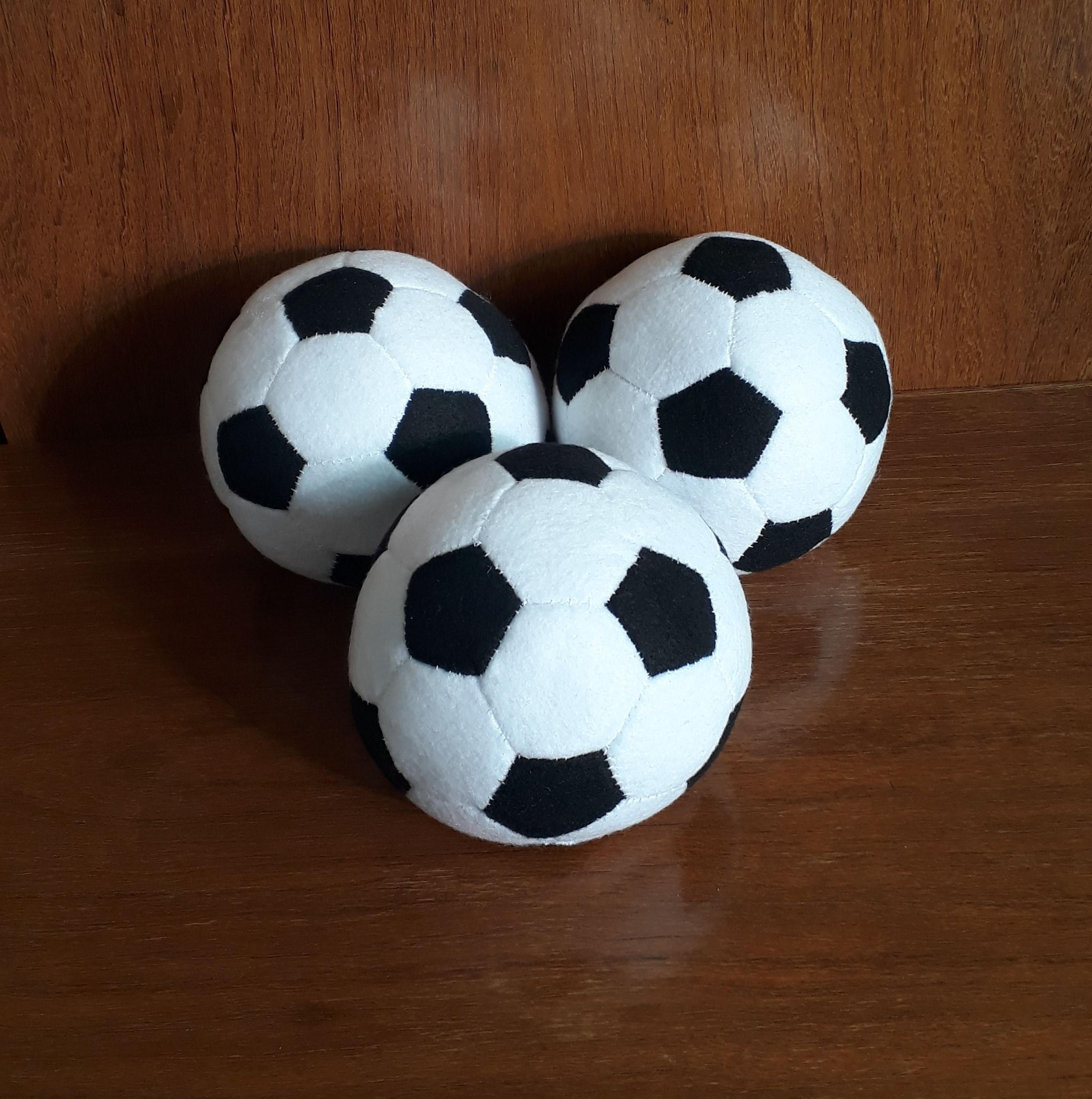 9afd4c0d5 Fantasia Bola de Futebol