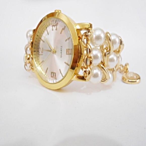 7fe91964a24 Relógio Feminino Dourado Folhas com Pérolas no Elo7