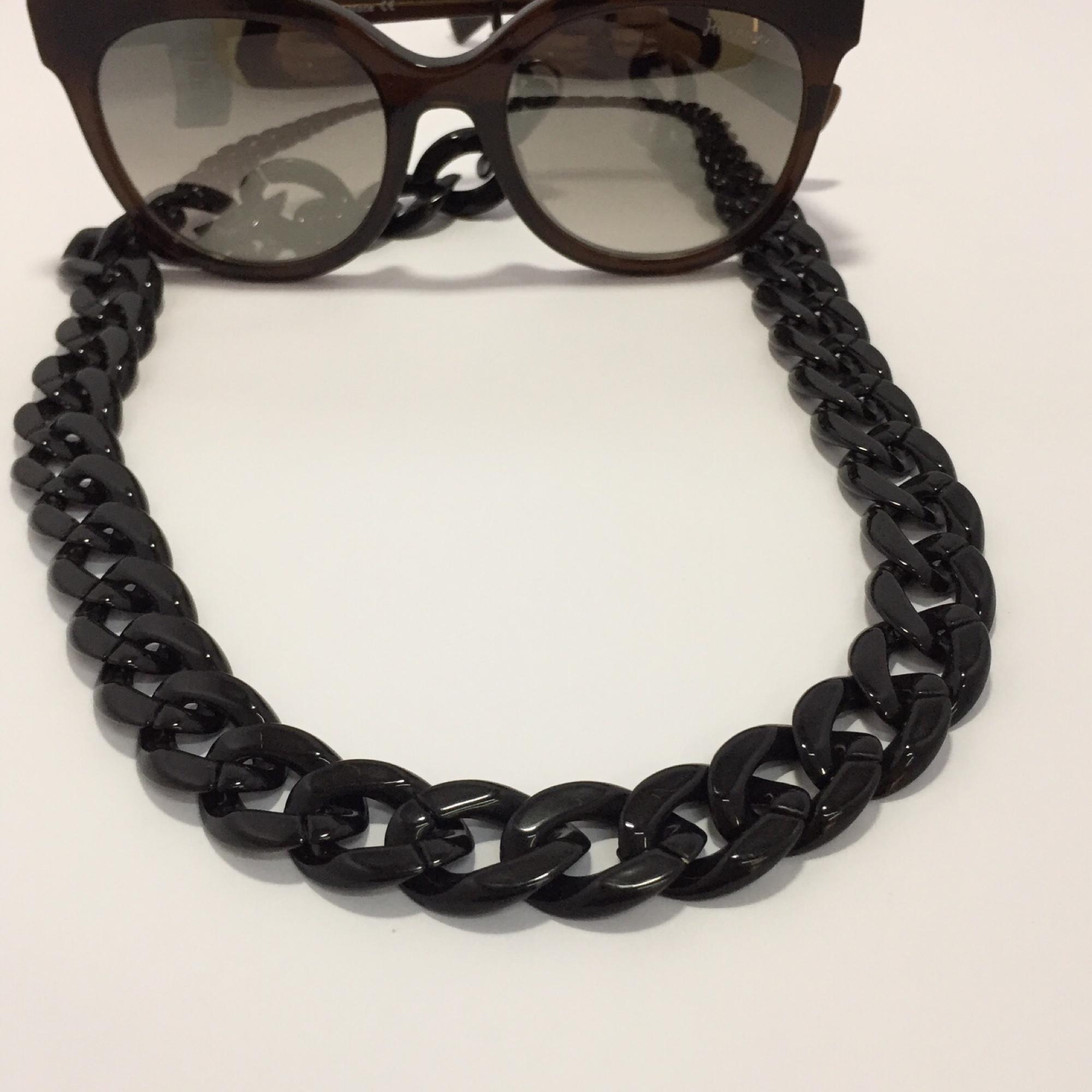 Correntes para pendurar óculos no Elo7   Carla Barranco acessórios (CDCE56) 6acad0f5ab
