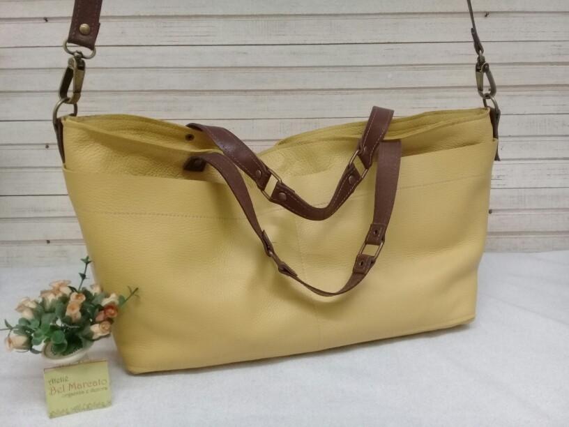 242d37b023 bolsa couro legítimo com 4 bolsos e 2 tipos de alças no Elo7 ...