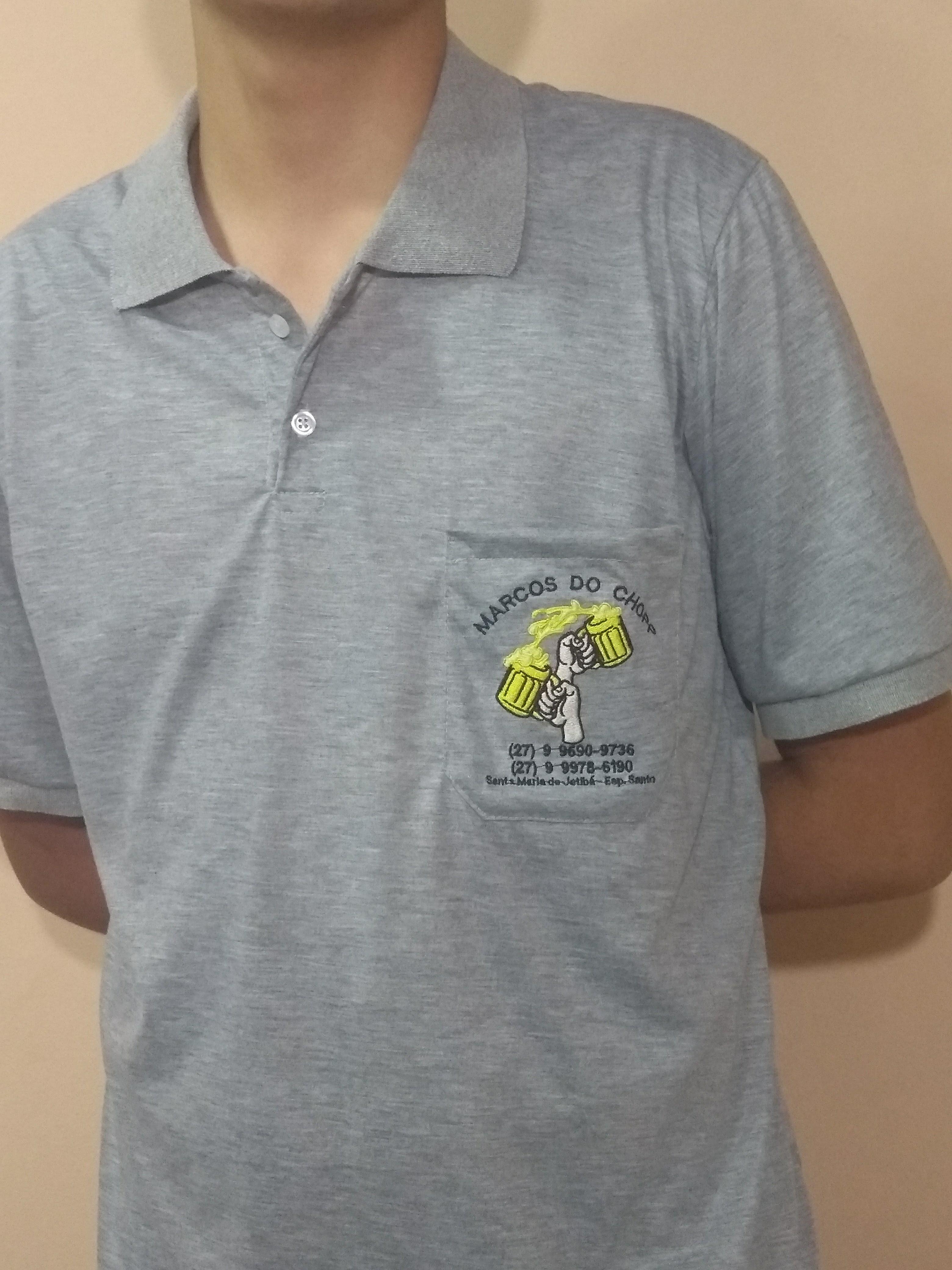 3917fdd45 Uniforme Profissional Camisa polo personalizada e bordada no Elo7 ...