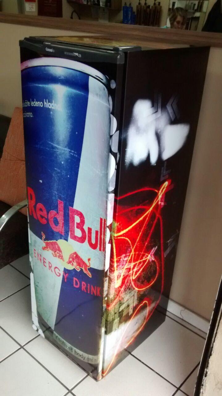 ac4bb9534884a Red Bull Adesivo Envelopamento de Geladeira