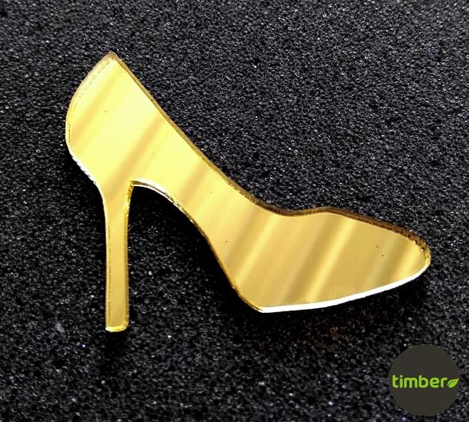 30f1f3325eb Sapato Dourado Espelhado Tornozeleira