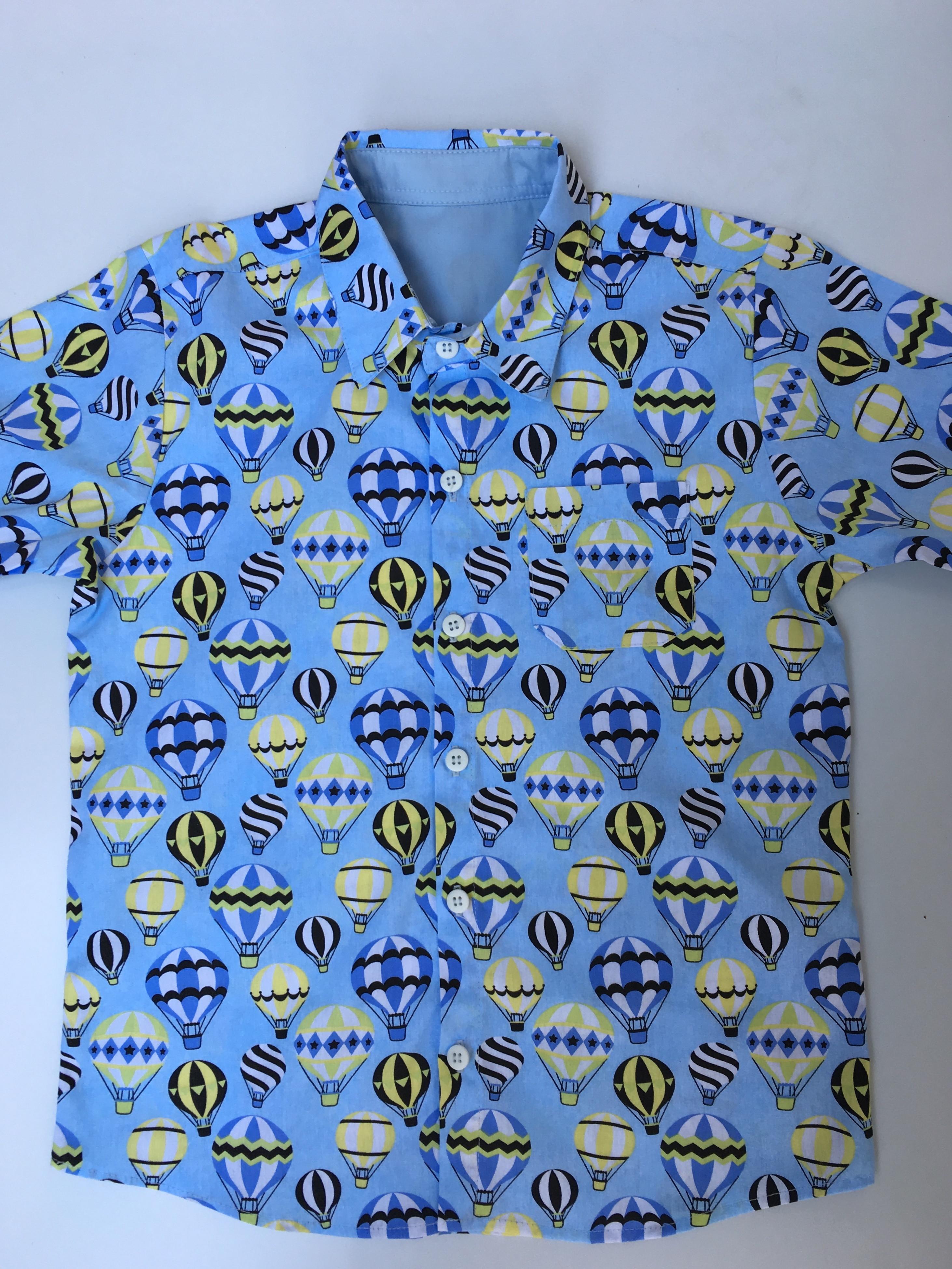 142312ea88 Camisa Menino Azul com Detalhe