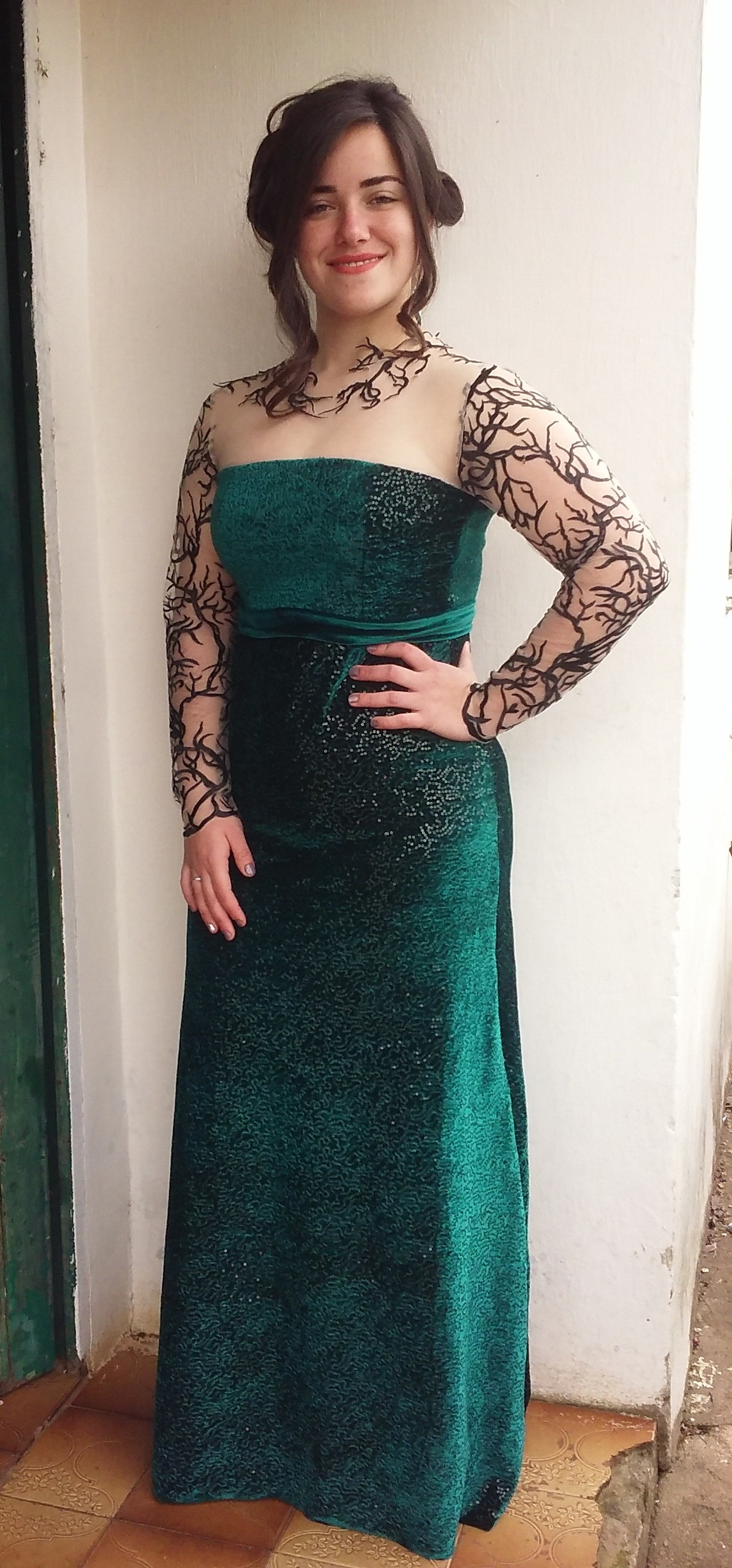 Sonhar com vestido longo verde