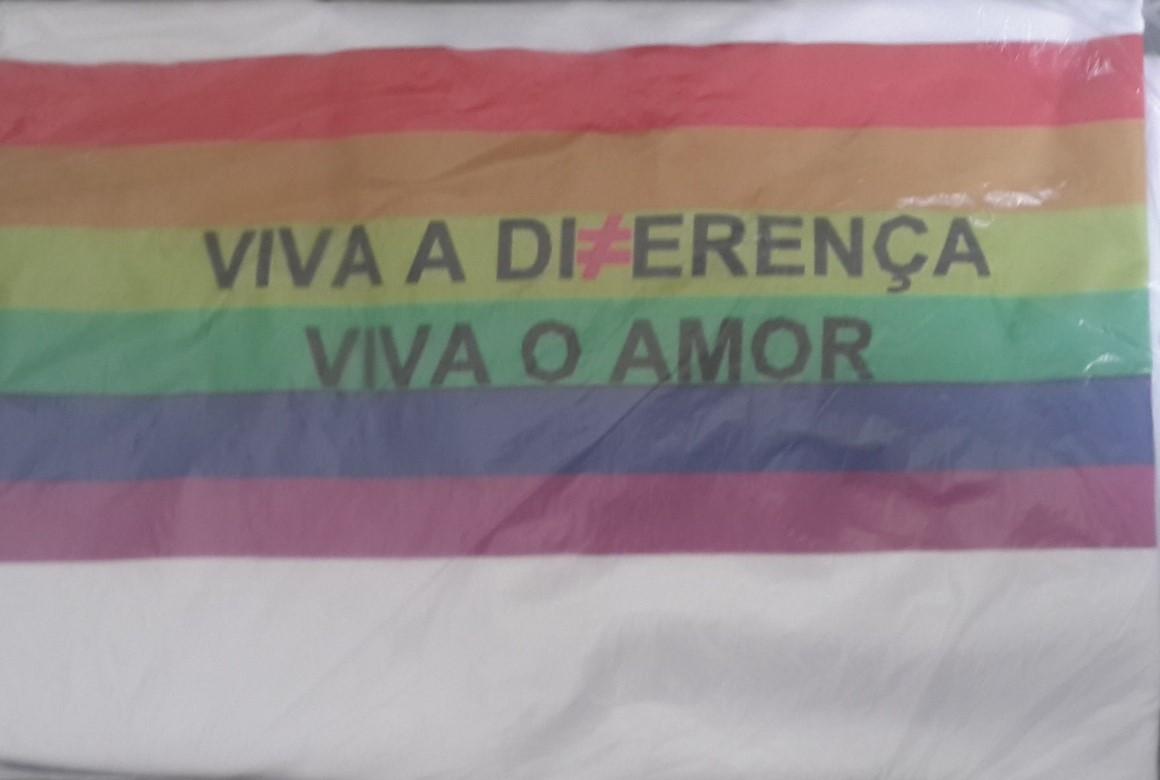 Camisa Camiseta Lgbt Viva A Diferença Viva O Amor no Elo7  7ce53ea7d0c91