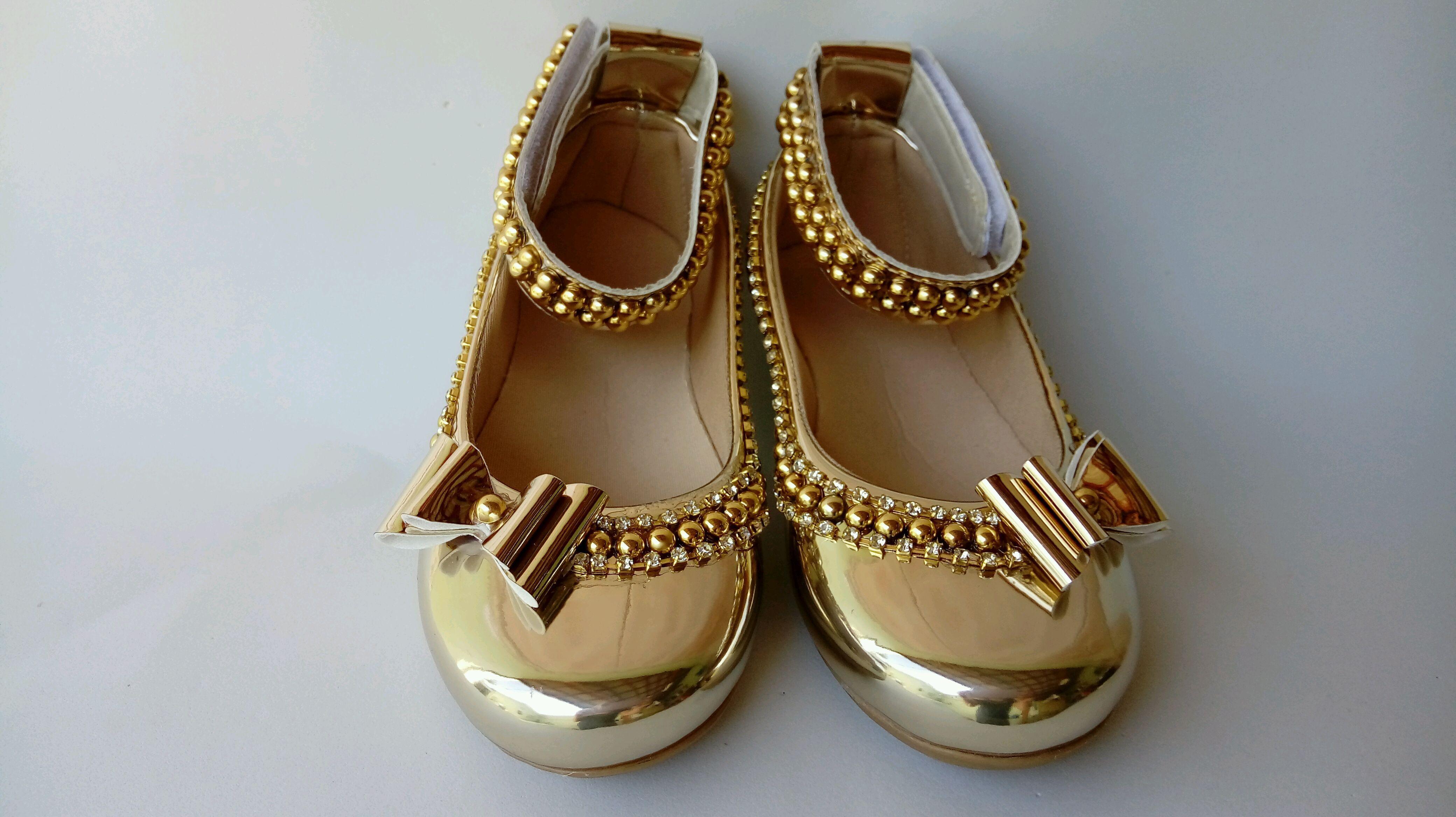 8c96cf7000a Sapato dourado espelhado tornozeleira no Elo7