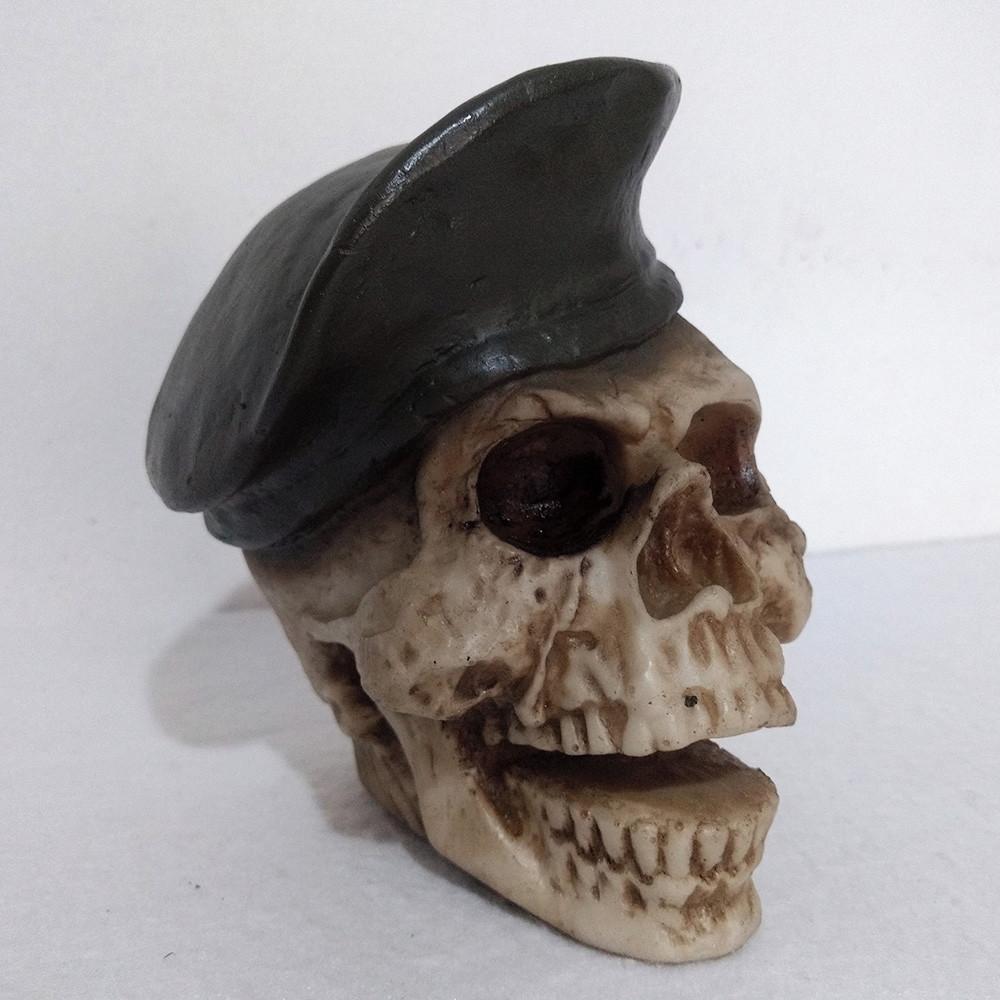 Cranio Boina em Resina  3a01d86c00d