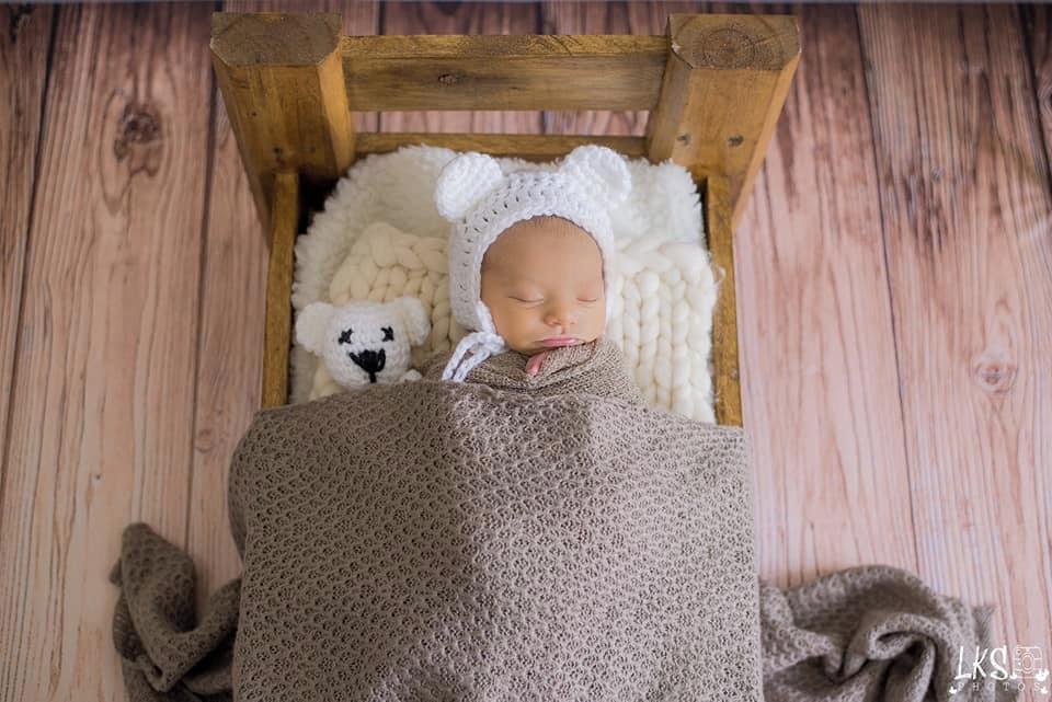 Mini Ursinho e Touca Branco Acessorio para Ensaio Newborn  8afbf0ef9aa