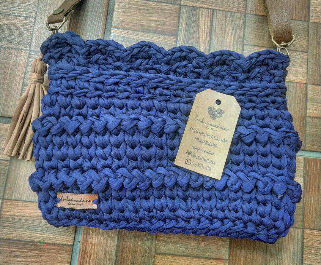 4c0633d65 Bolsa Azul Marinho Crochê em Fio de Malha com Alça de Couro no Elo7 | Linha  & Madeira - Crochet & Art Design (DB70F6)