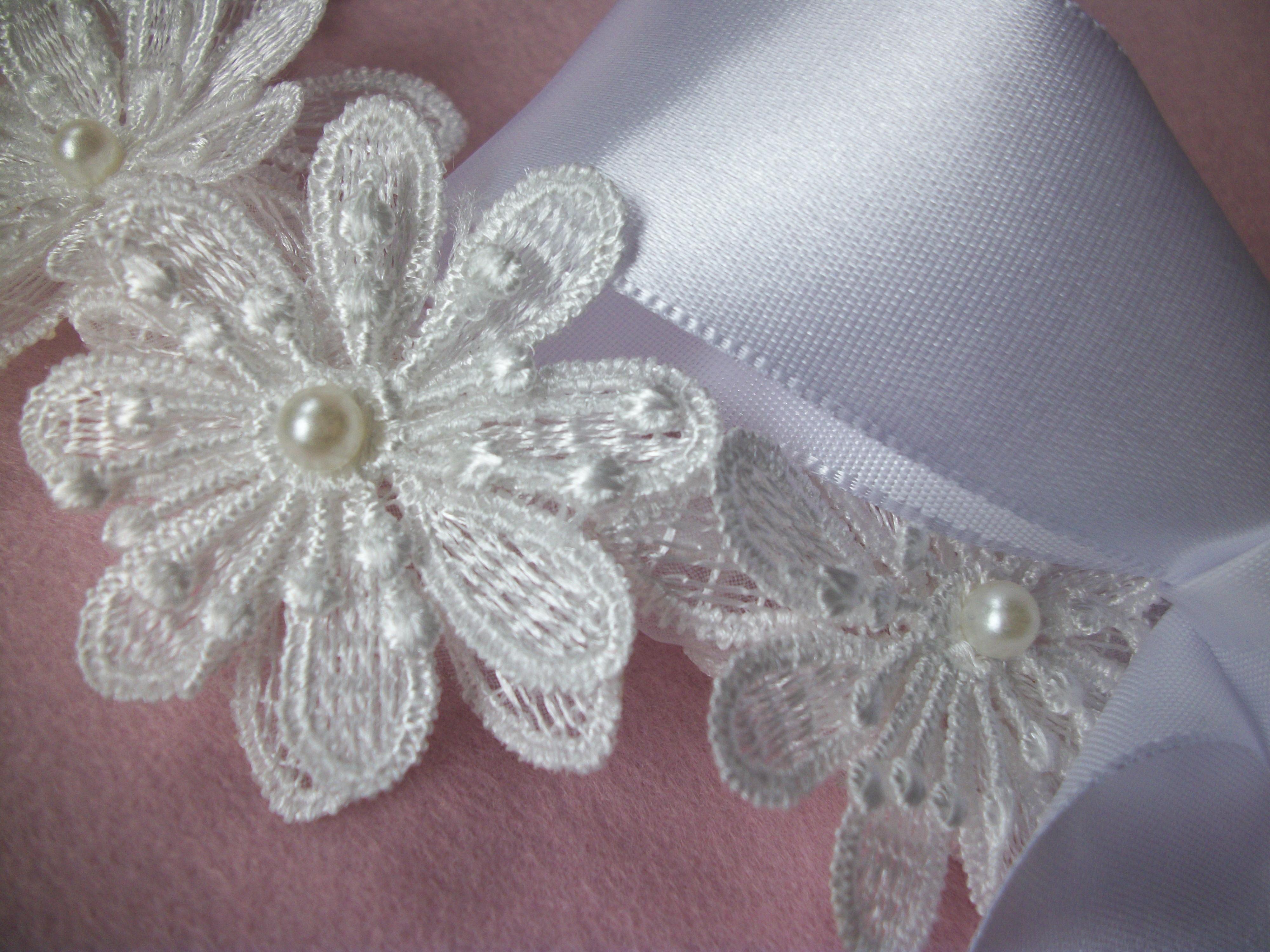 5e8b21741502d9 Cinto cetim todo bordado flores de renda guipir.Frete Grátis