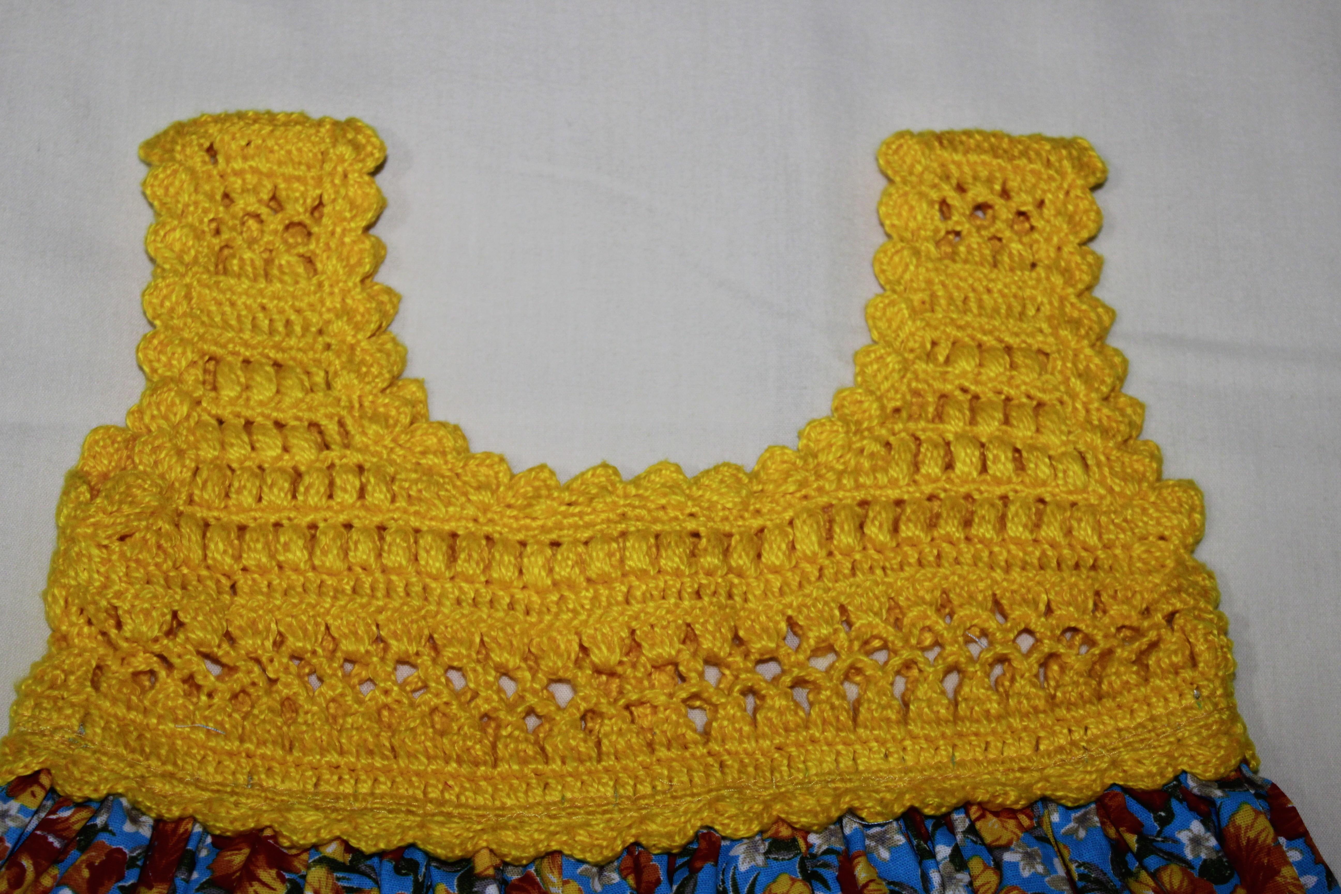 237578125 Vestido infantil com pala de crochet e tecido - Florido no Elo7   De Malaga  (DF2BE4)