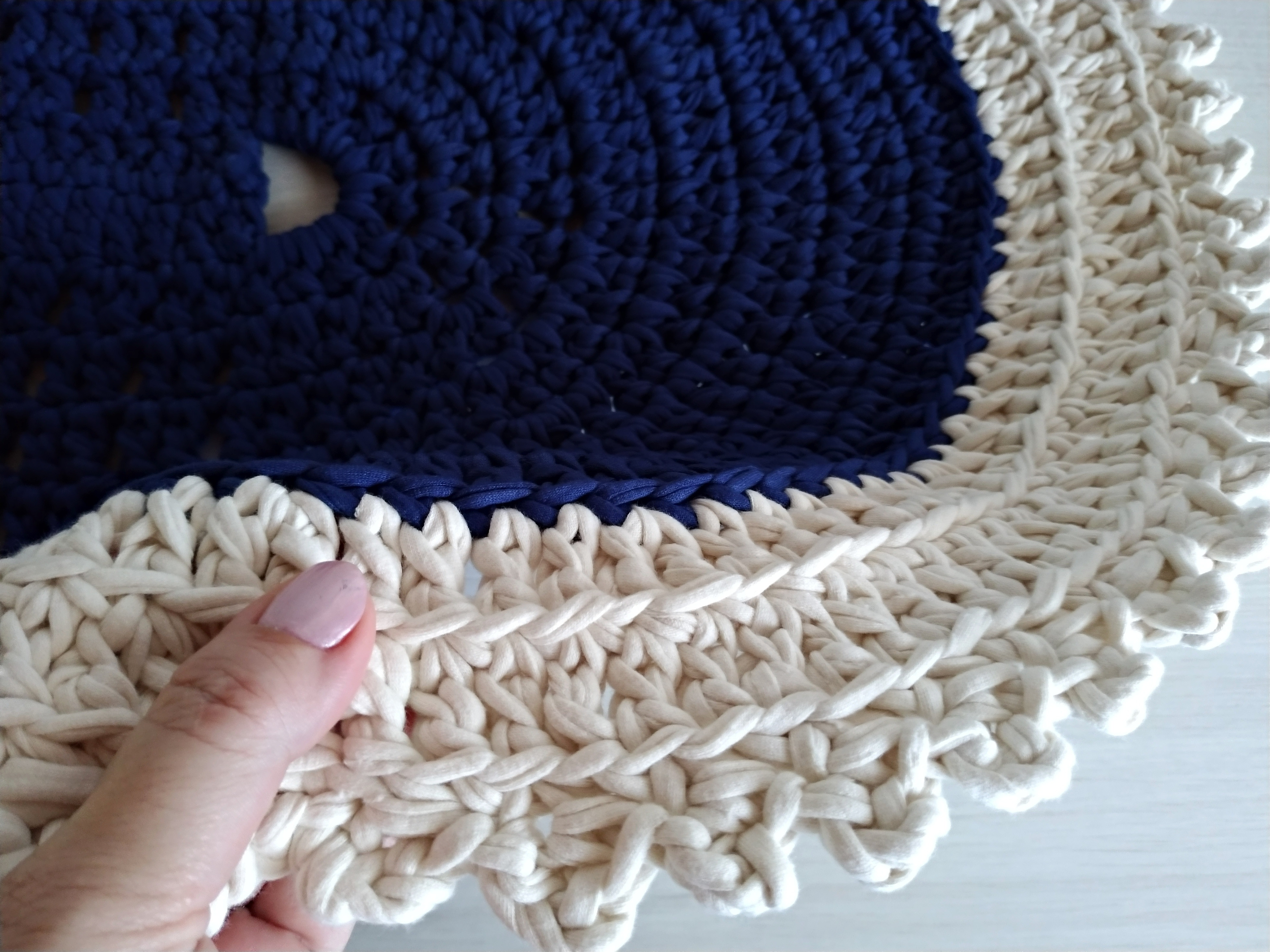 6ed1ec440b Tapete Maxi Croche em Fio de Malha | Elo7