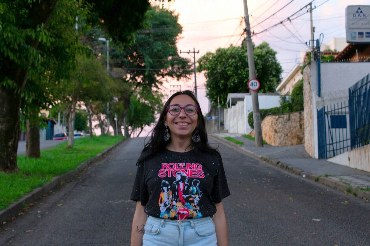 Tshirt Camiseta Feminina banda rock estilo tumblr galáx-PP no Elo7 ... 9a18f07583c0e