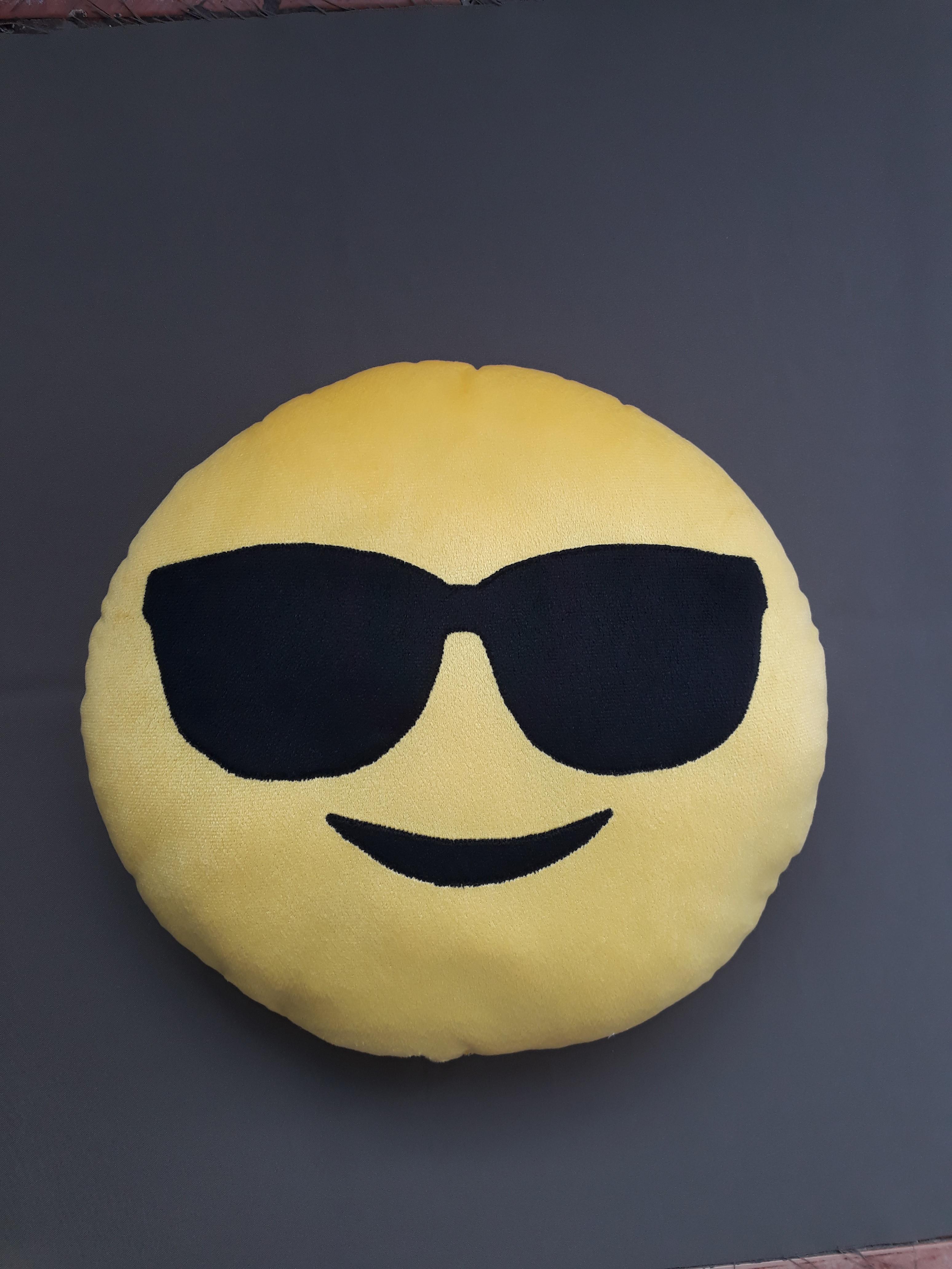 Emoji Oculos Escuros   Elo7 56145387b9