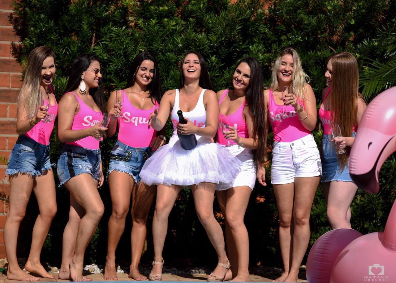 79a7964c5baf Body Maiô Lycra Despedida de Solteira Bride Squad Rosa Neon no Elo7    Vashti (E30BAB)