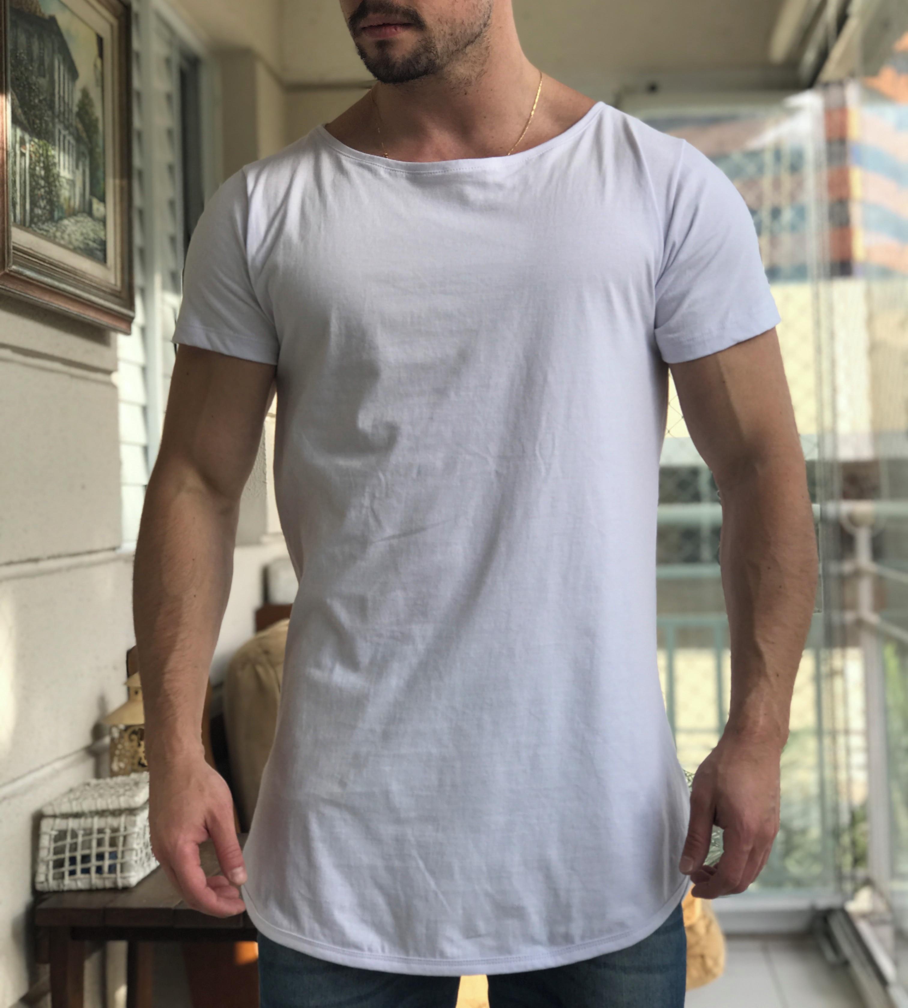 8fb59f1563 Camiseta Oversized Longline Alongada Masculina Gola Canoa no Elo7 ...