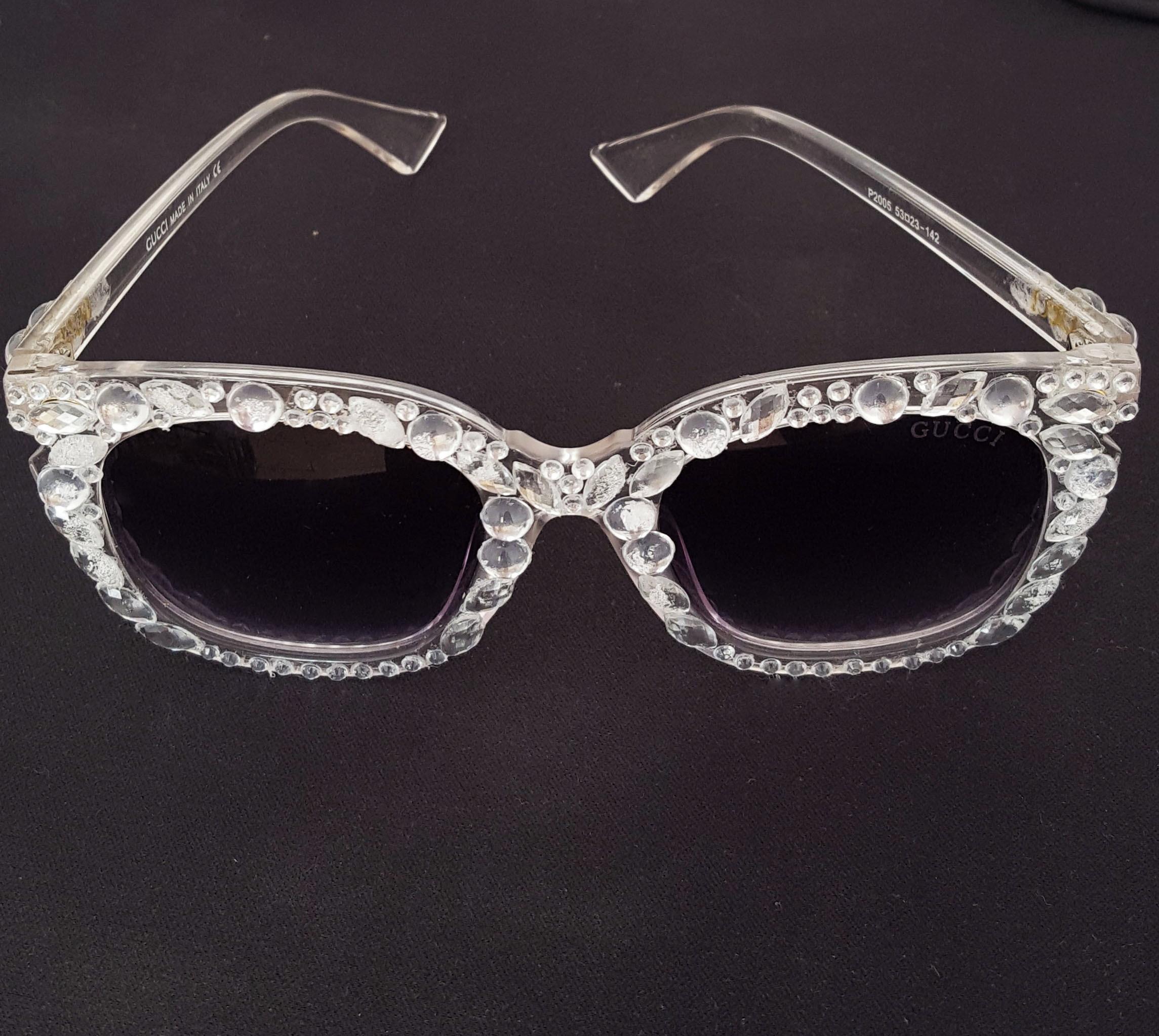 de84fa433f4e0 Oculos Carnaval Bruna