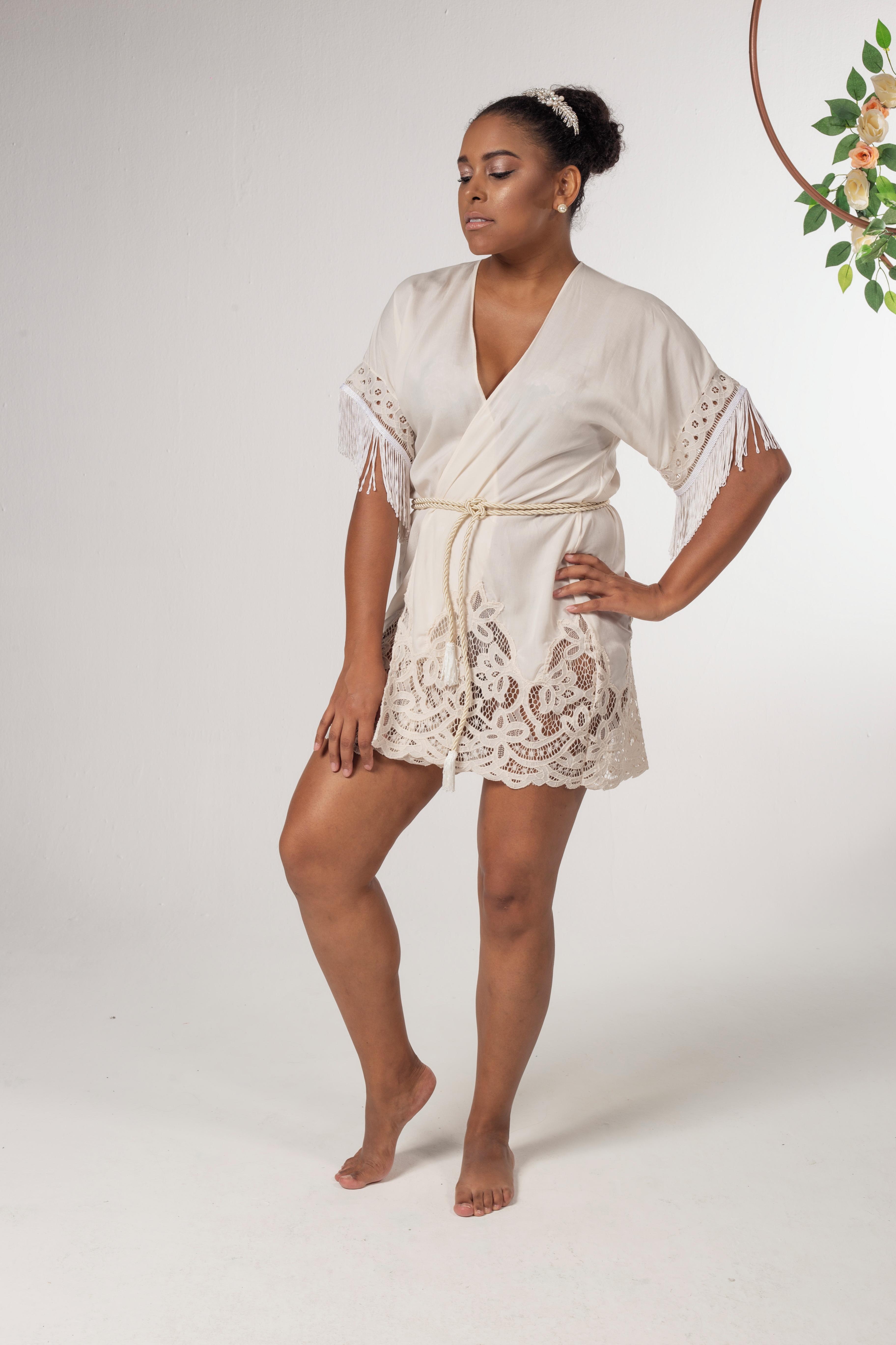 d35815b47cef Kimono Transparente com Franjas | Elo7
