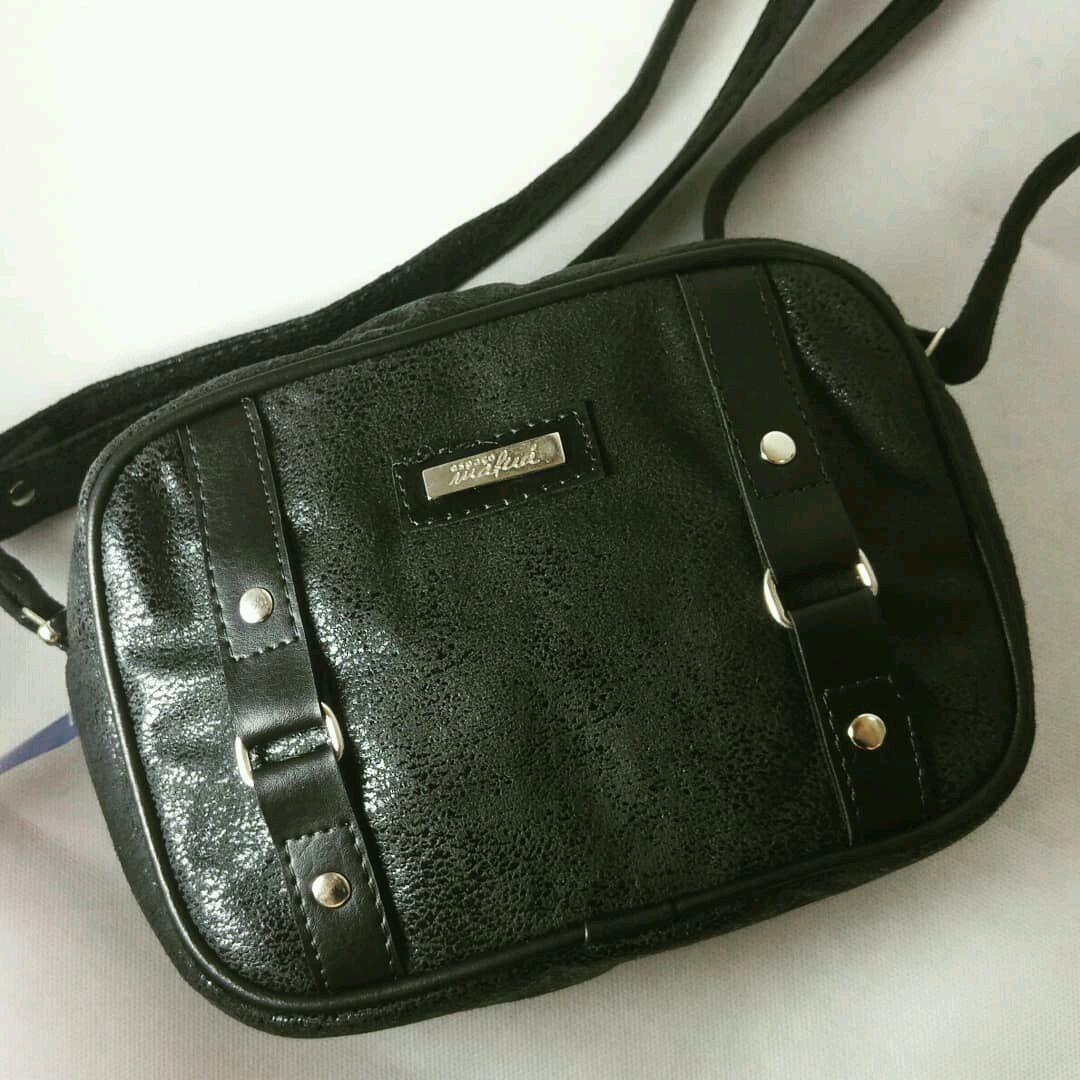 e98b2297aa Bolsa Vintage Pequena Preta
