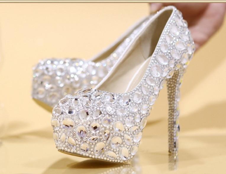 c699129f0 Mini Sapato de Cristal | Elo7