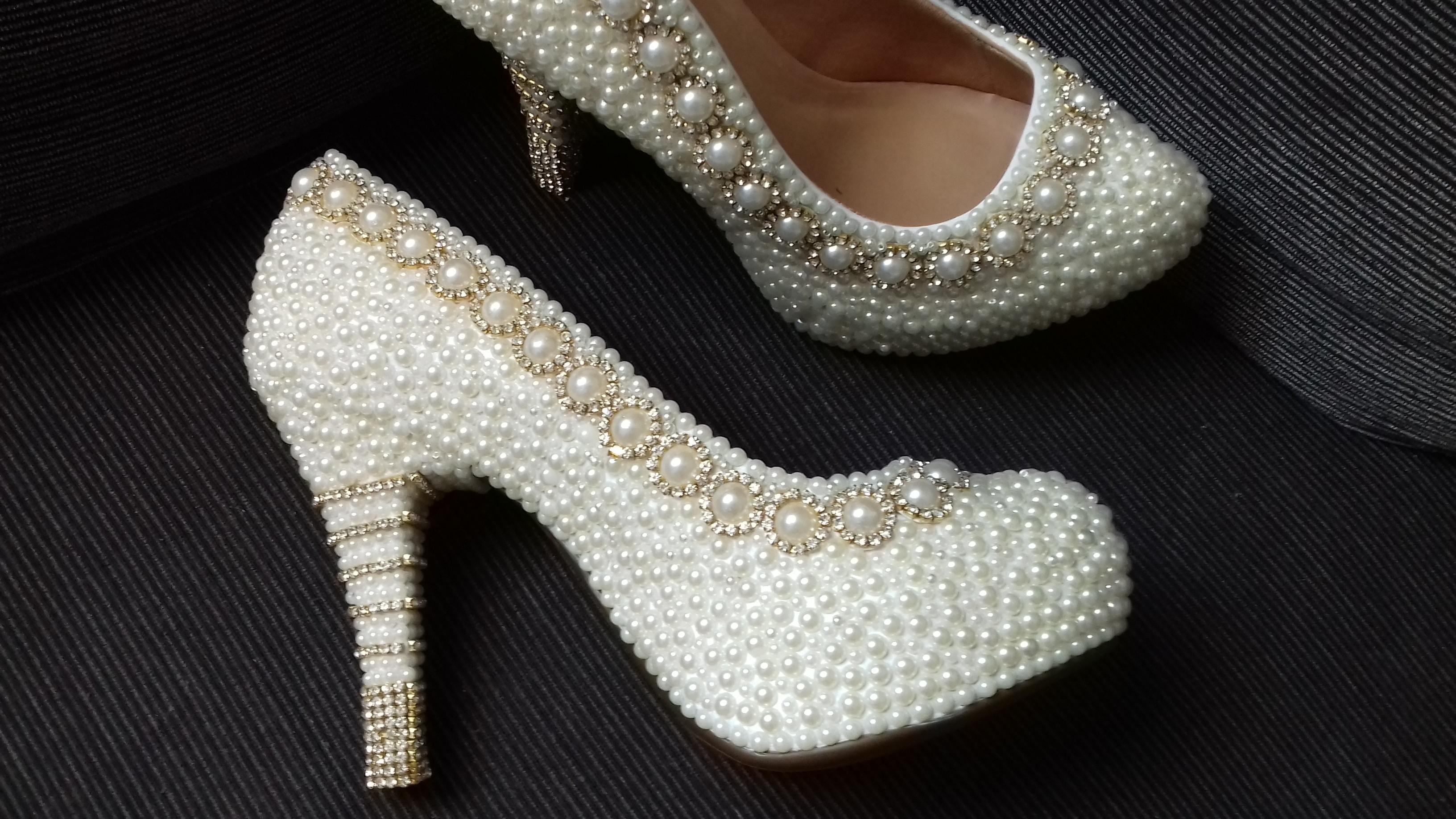 21ec22ae8 Sapato Dourado Debutante | Elo7