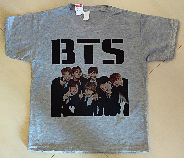 87af7adf66 camiseta Infantil Unissex BTS todos os integrantes no Elo7 ...