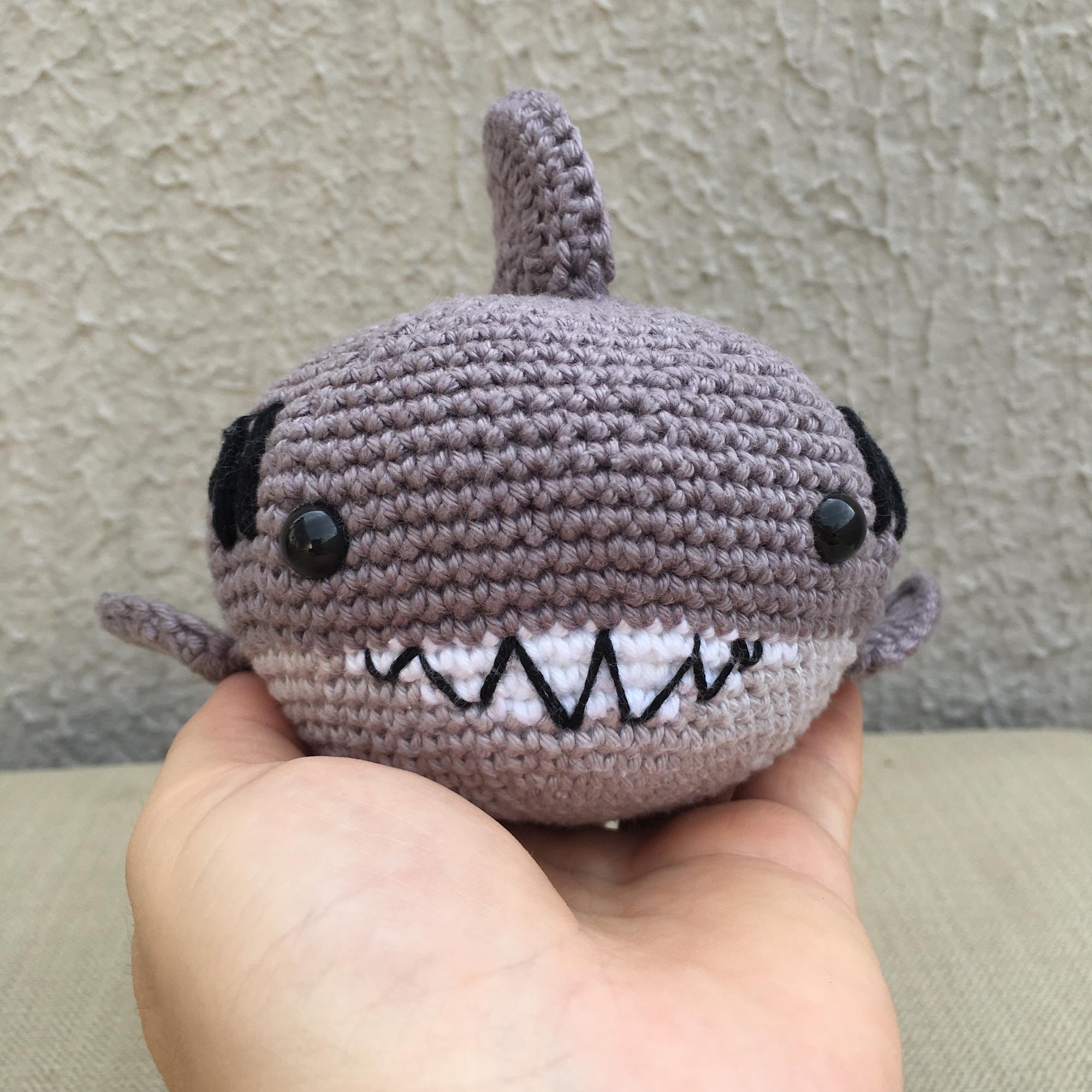 Tubarão amigurumi segunda parte - YouTube | Brinquedos de crochê ... | 2000x2000