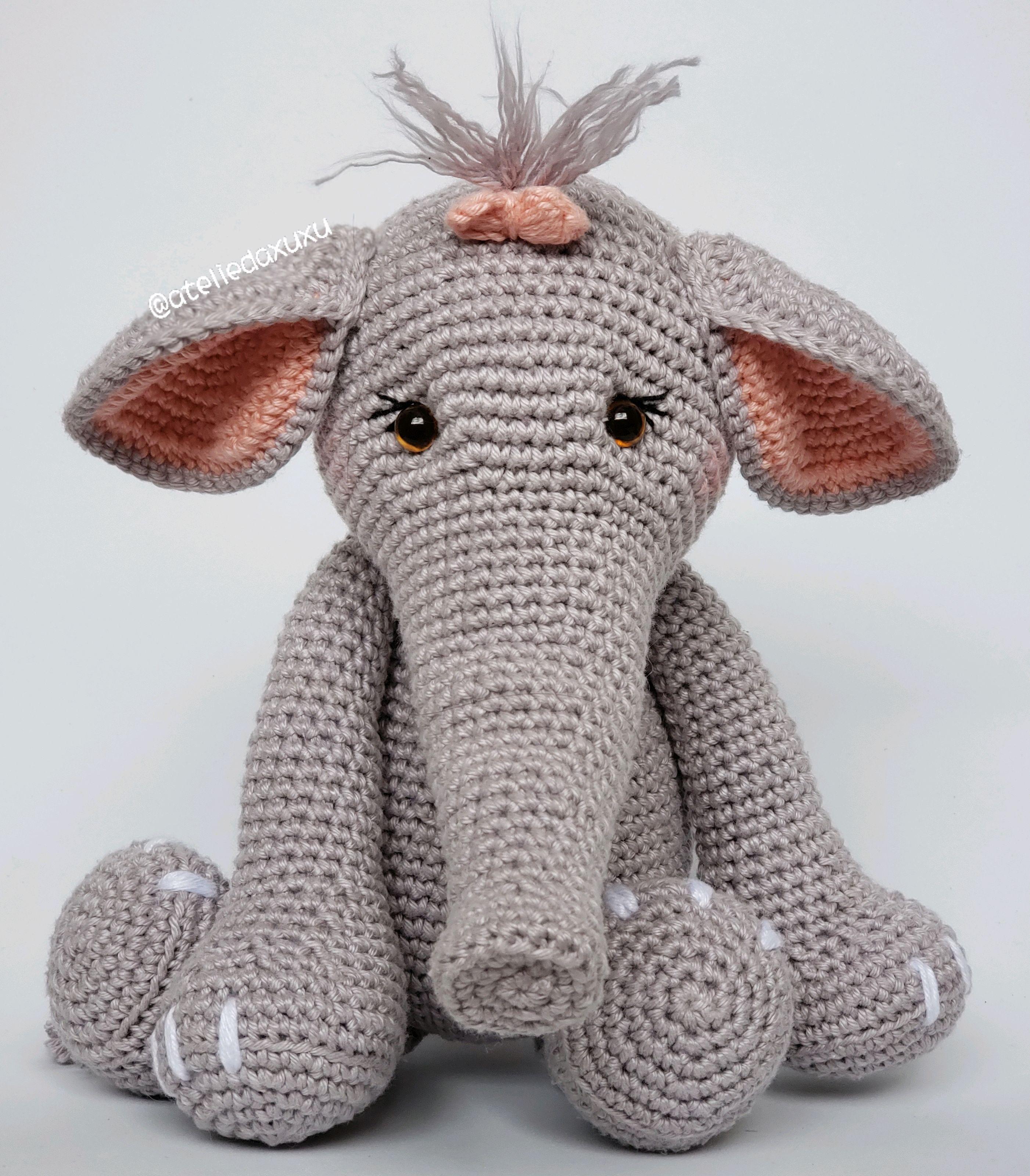 Receitinha 4 - Elefante Amigurumi parte 1 - YouTube   3199x2803