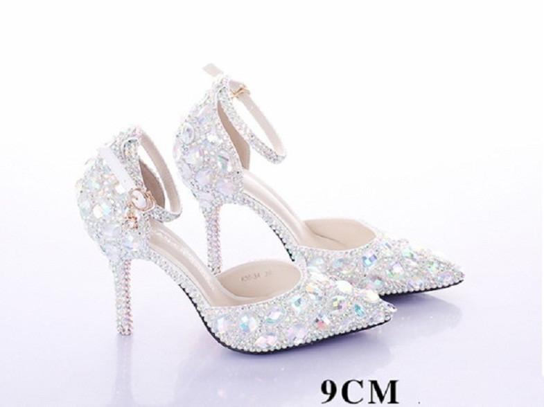 ae488e59f Luxo Sapato Cristais Noiva Debutante Festa 15 anos Perolas no Elo7 | CELIA  SHOP (F84FCE)