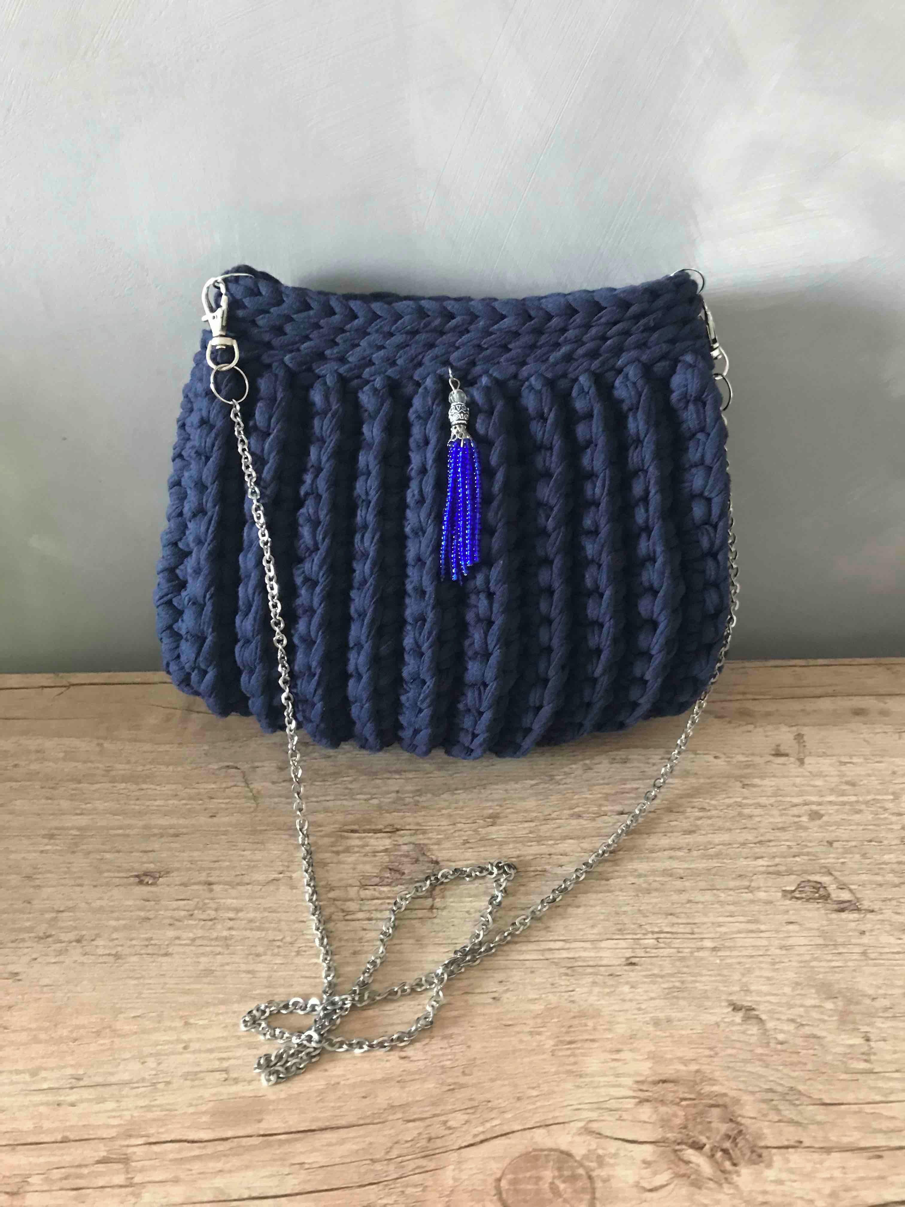 04be0a54e1 Bolsa de festa azul marinho no Elo7   Artes da Cathy (F92E8B)