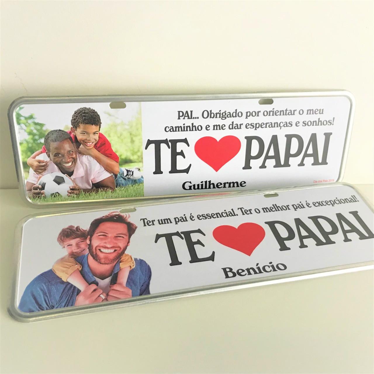 52a6249d02e56b Kit 2 Placas Personalizadas Presente Decorativo Pai/Mãe etc