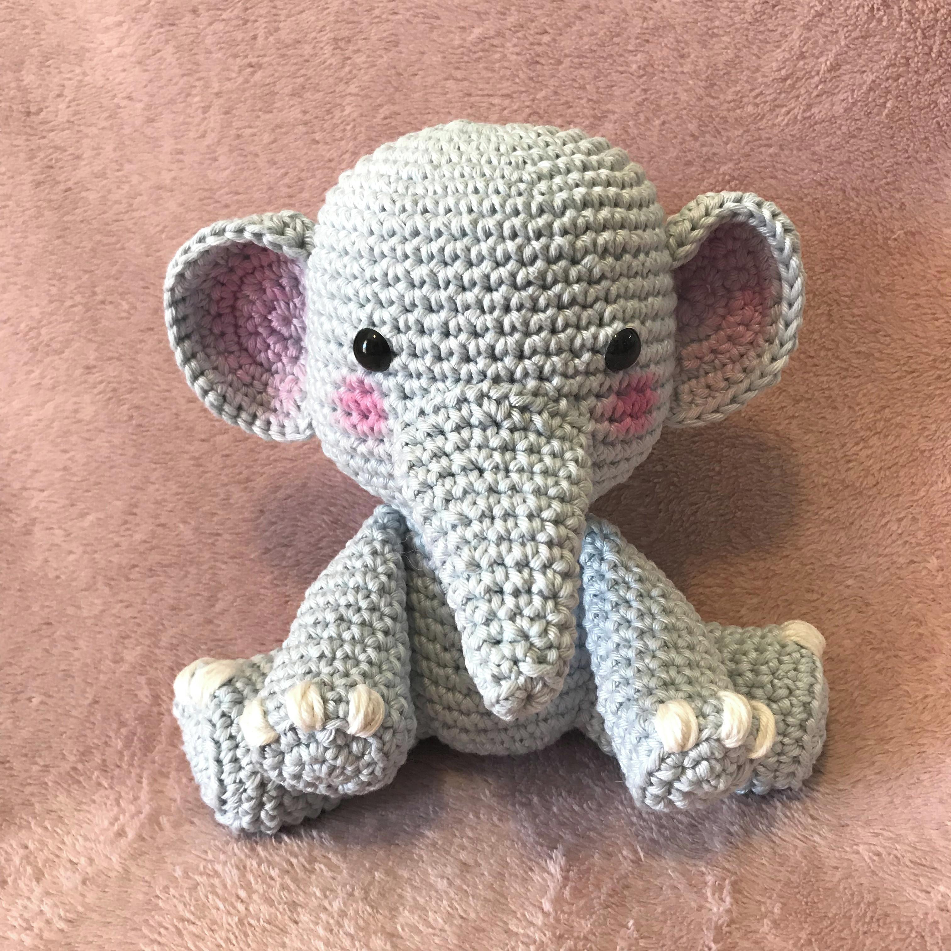 Little elephant crochet tutorial - YouTube | 3024x3024
