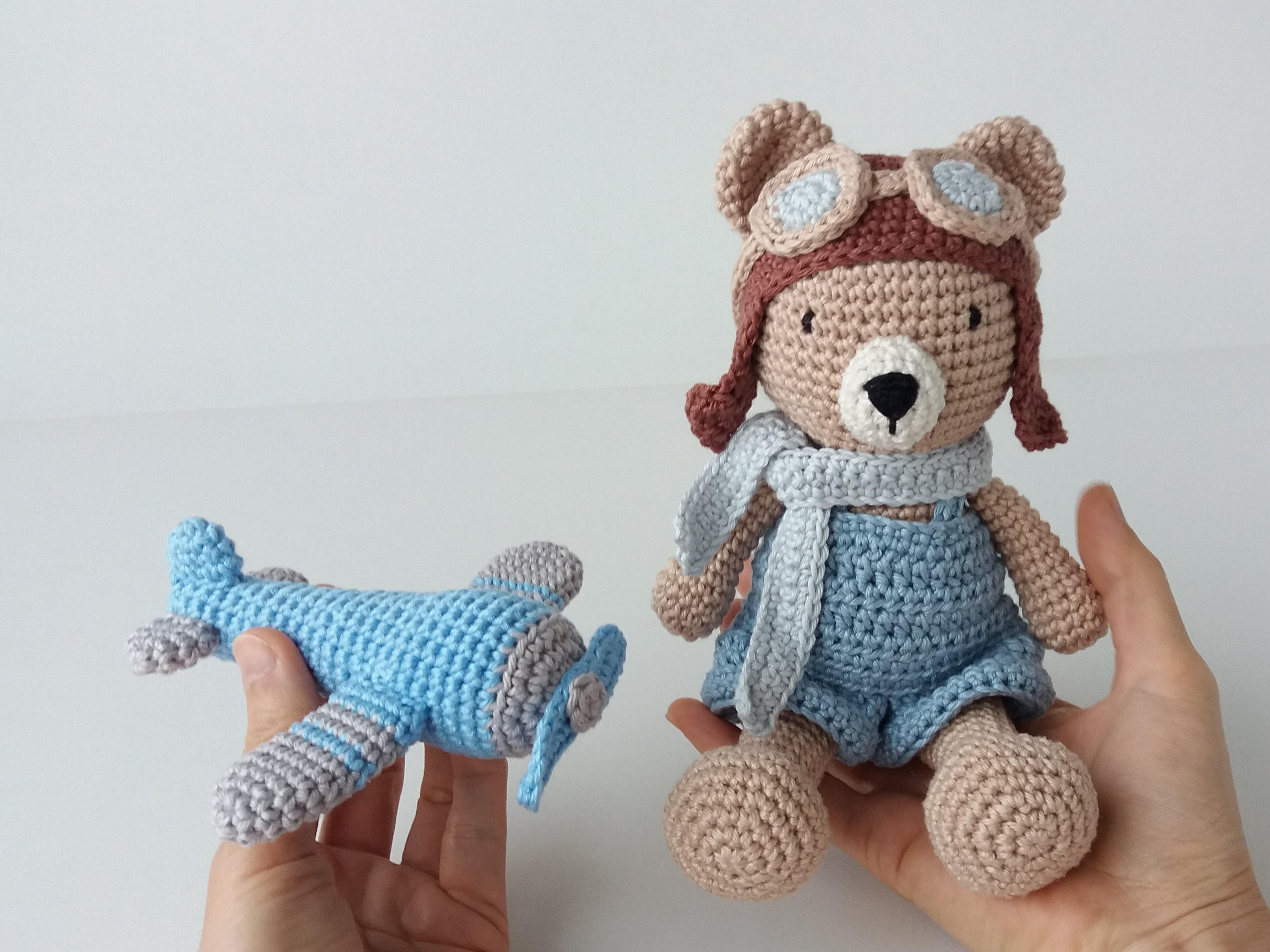 Urso e gato em amigurumi | Gatos, Urso, Tema | 3840x5120