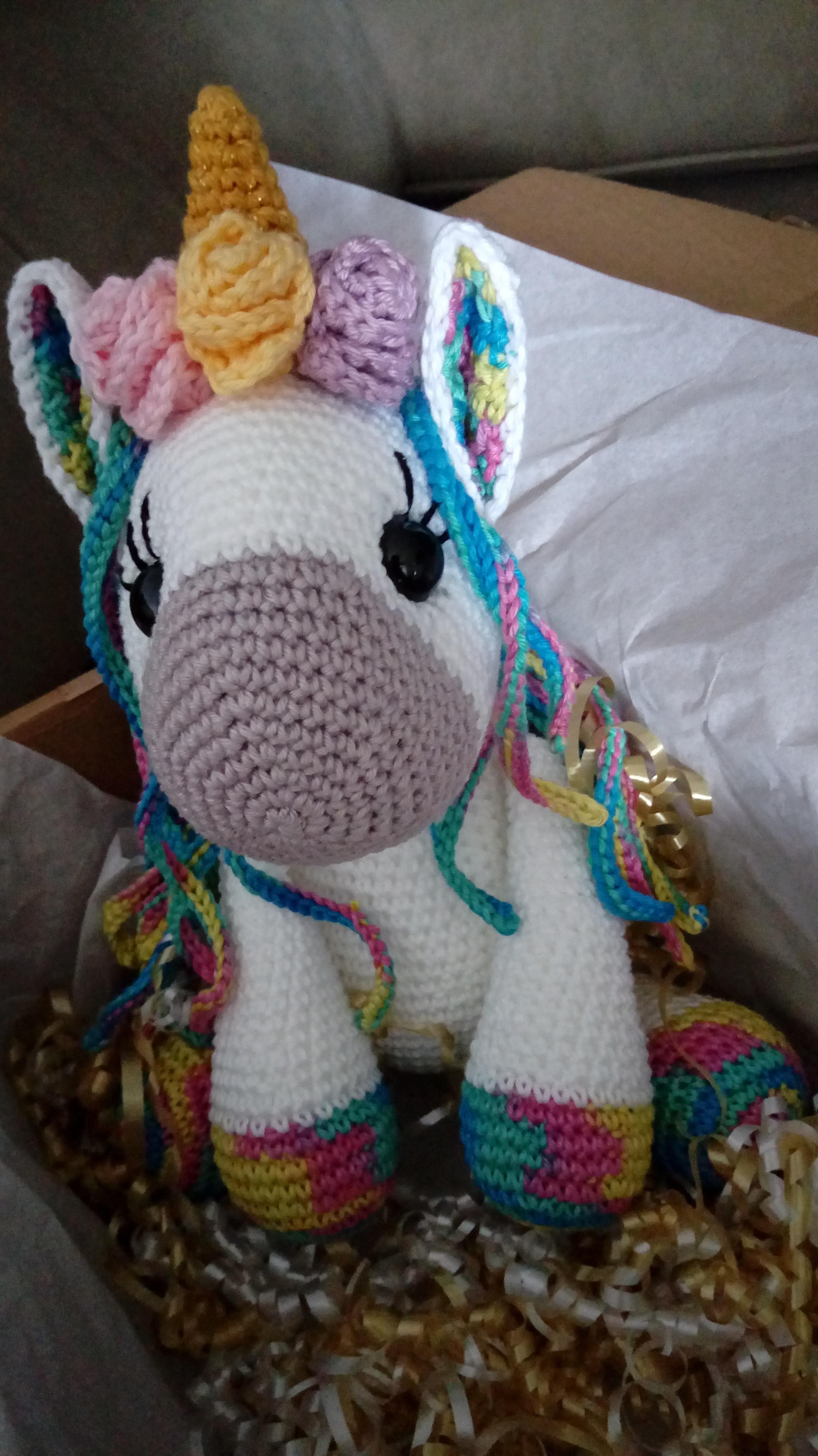 Unicórnio mini amigurumi – Bonek de Crochê | 4160x2336