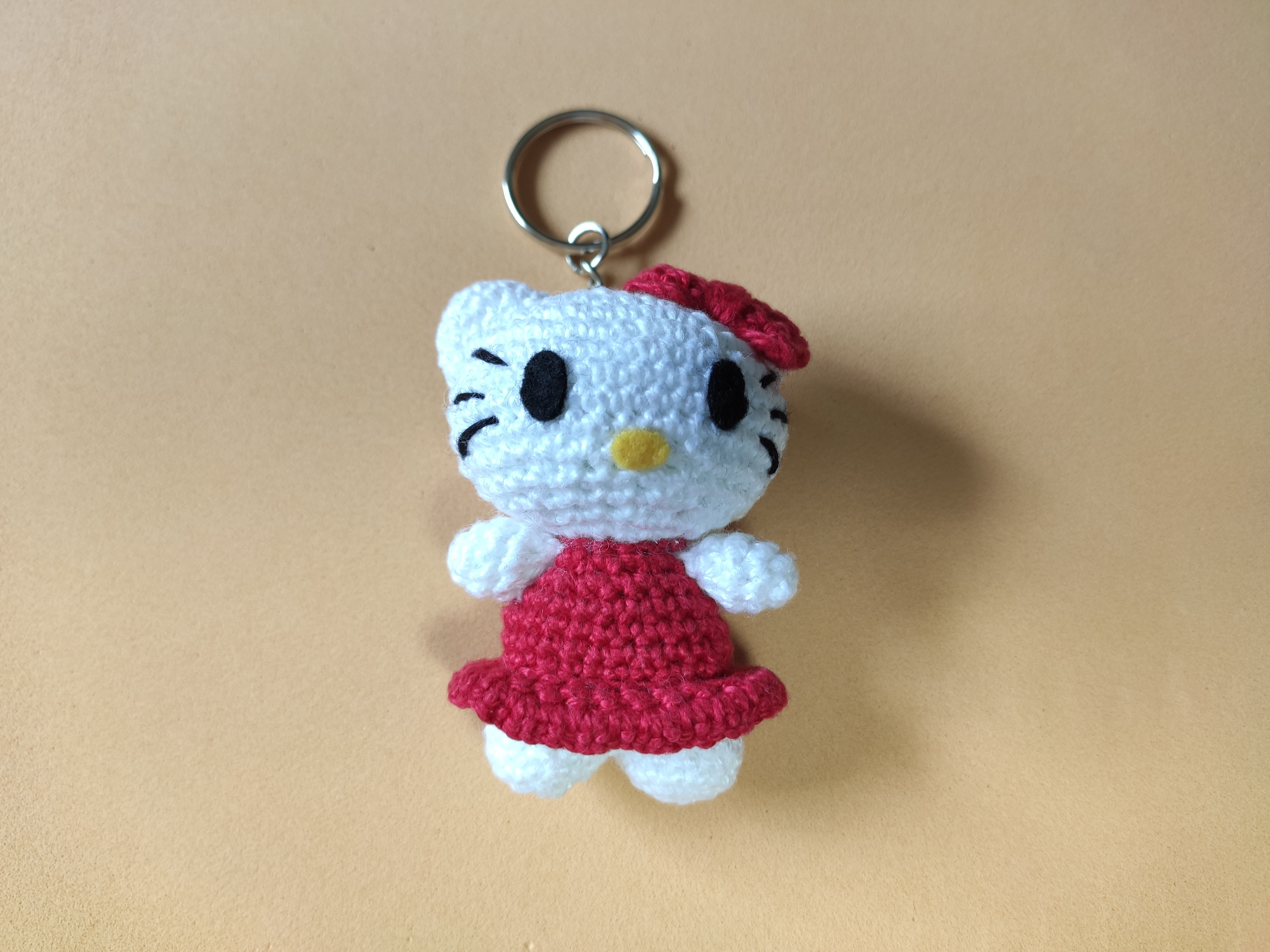 Mini Hello Kitty Witch Crochet Tutorial | UsefulDIY.com | 3000x4000