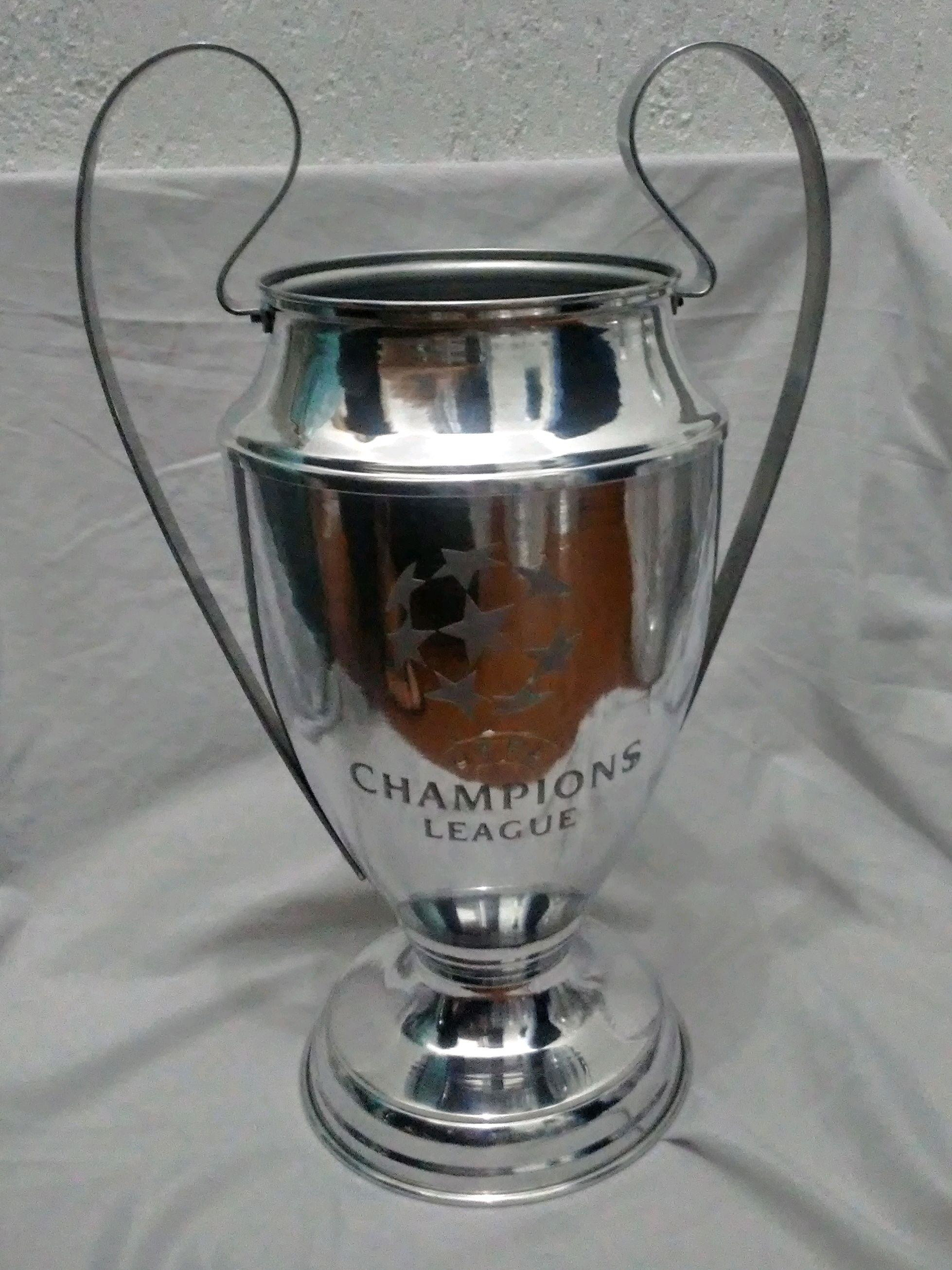Download Champions League Taça