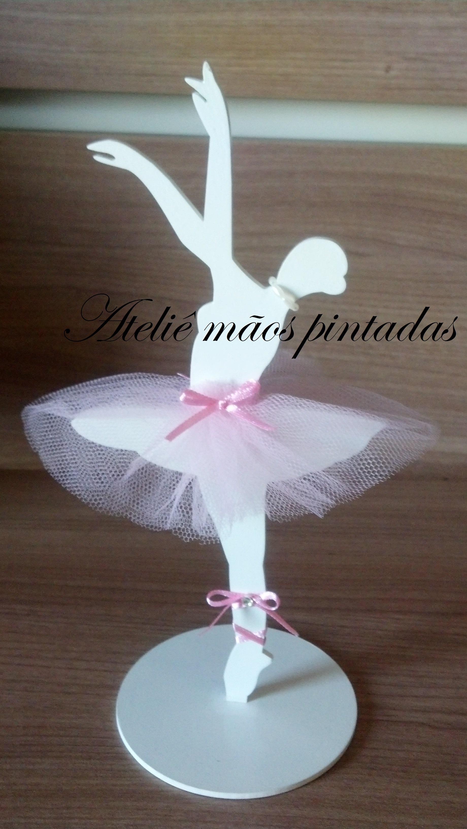Centro de mesa bailarinas ateli m os pintadas elo7 - Como decorar una lapida ...
