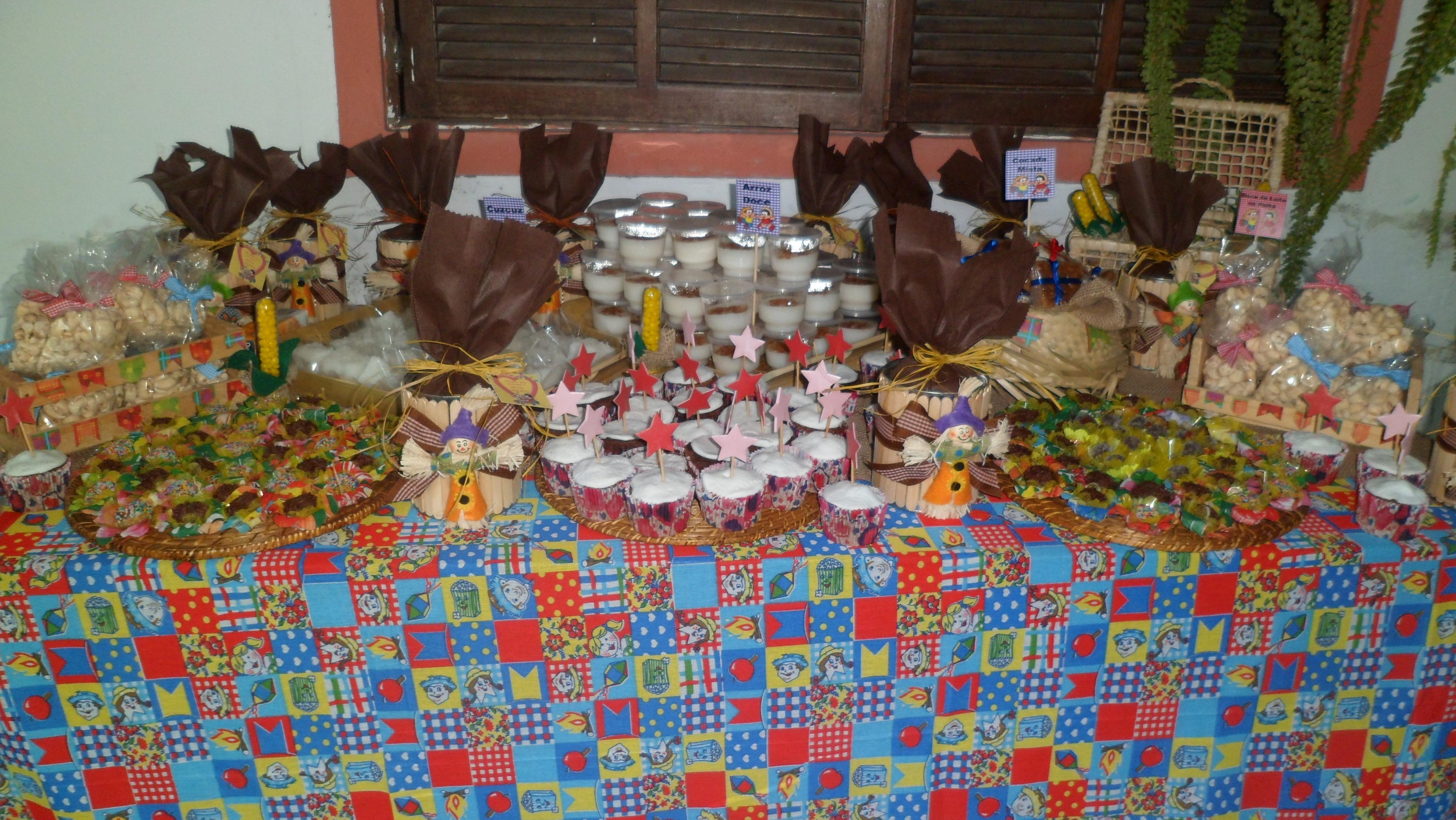 festa junina Fazendinha vários doces