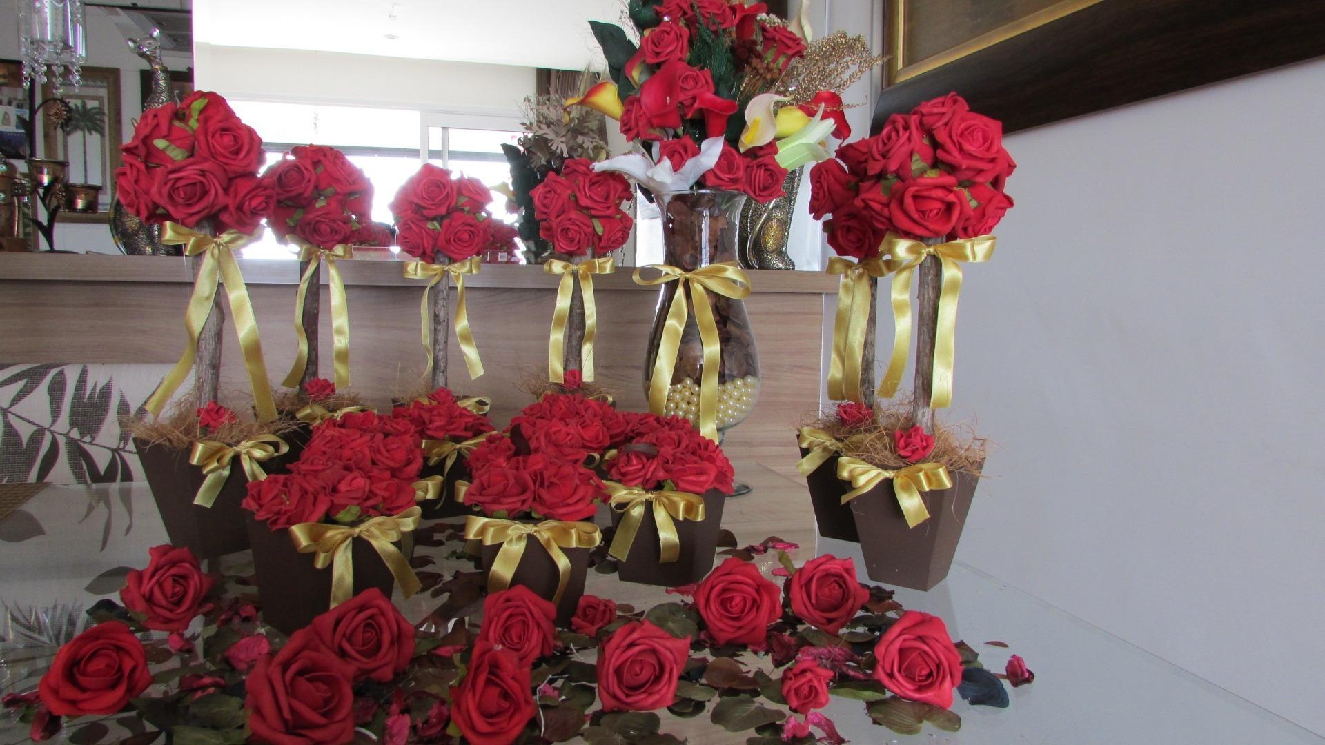Enfeite De Igreja ~ Kit Sonho dourado Di Vittoria II Rosamorena Artes Florais Elo7