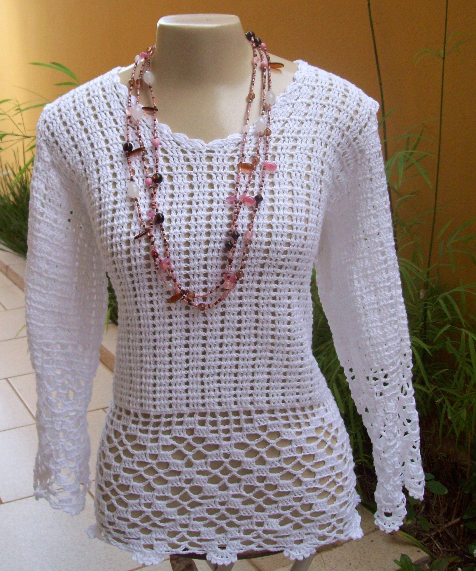 blusa de croch com barrado e meia manga capitu