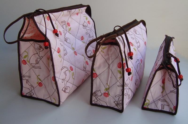 Excepcional Kit Necessaire Triangular 01 no Elo7 | * * * DOD ARTES * * * (37B655) OW79
