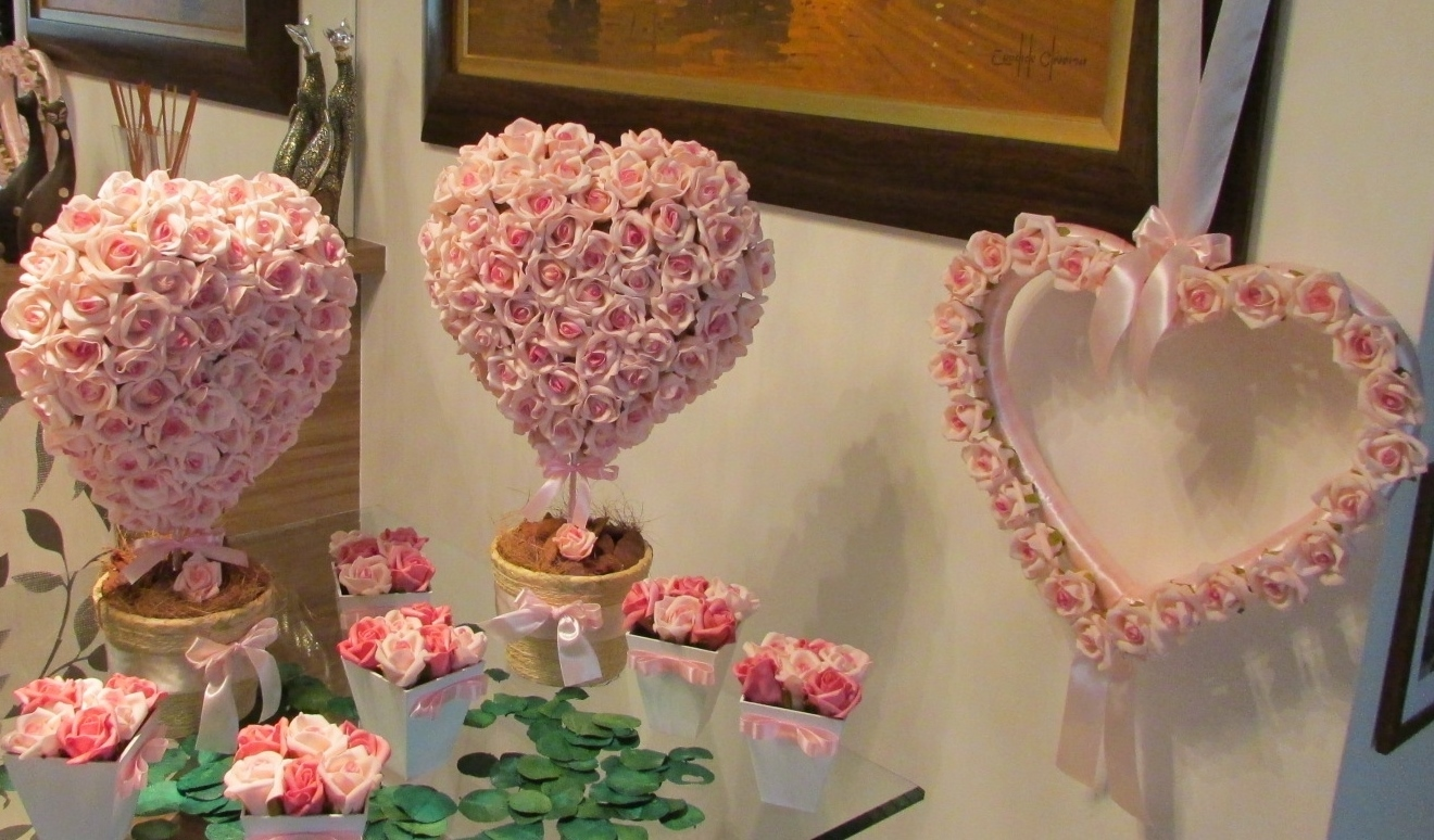 87c93bacd Kit rosa-bebê corações I no Elo7 | Rosamorena Artes Florais (38643E)