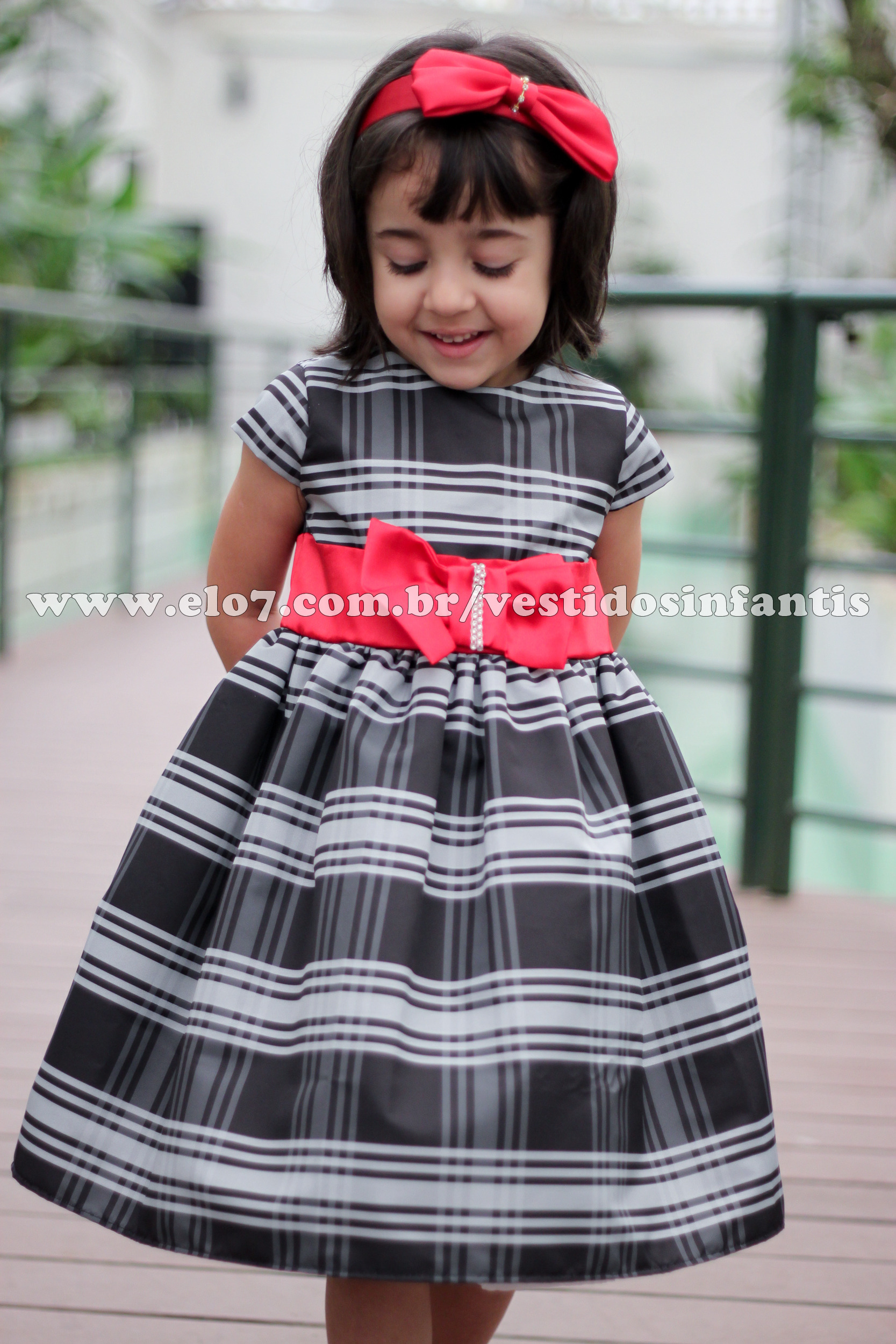 9aaeeb13b53cd Vestido Xadrez Infantil