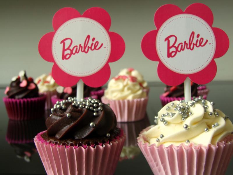 barbie cup cake