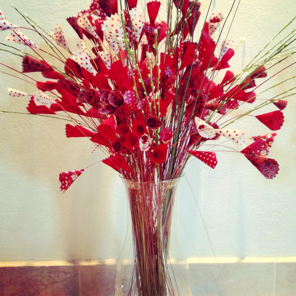 Vaso com flores em tecido grande arte em decorar elo7 for Vaso grande